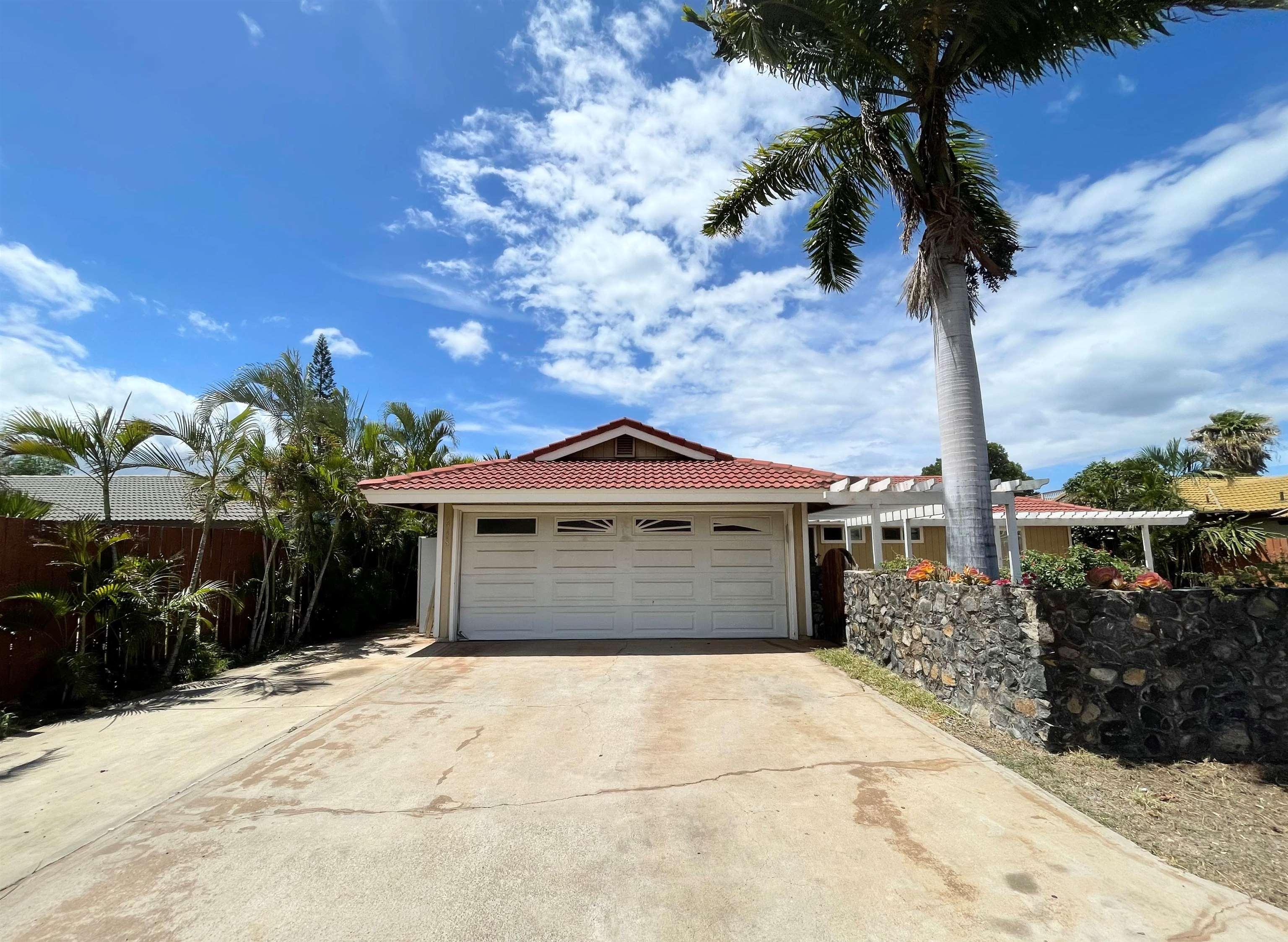 2738 Ohina St Property Photo 1