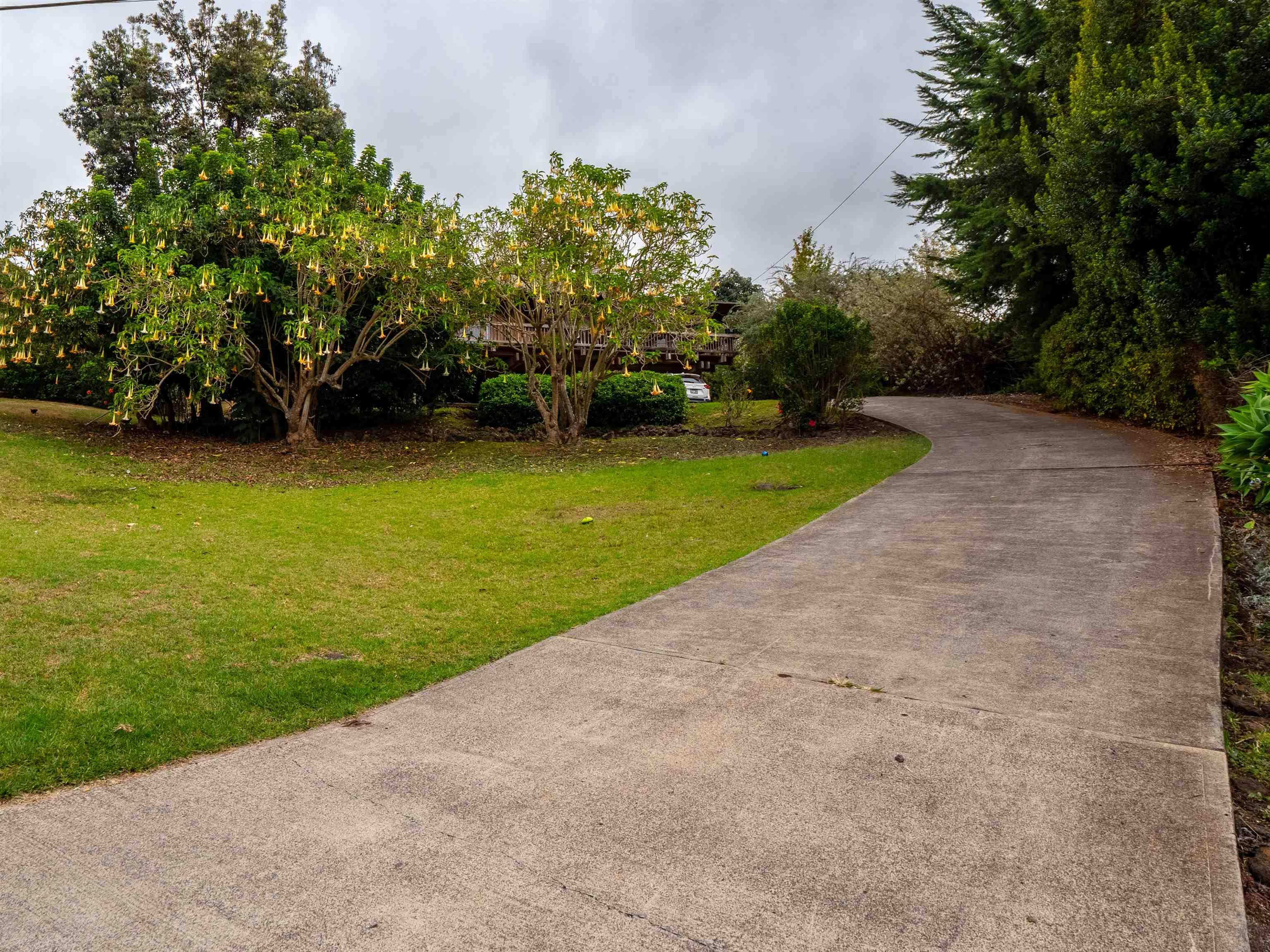 16860 Haleakala Hwy Property Photo