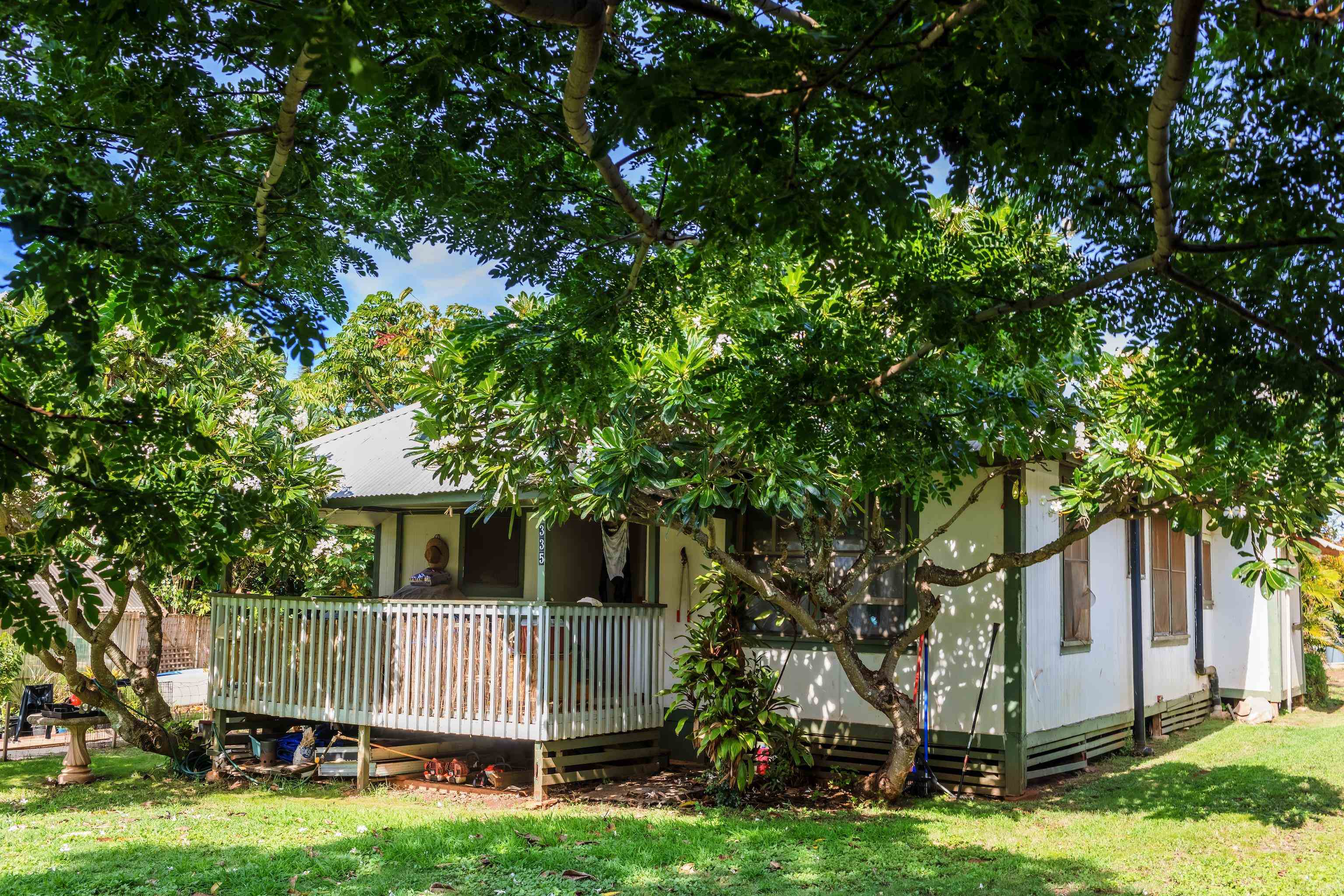 335 Baldwin Ave Property Photo 1