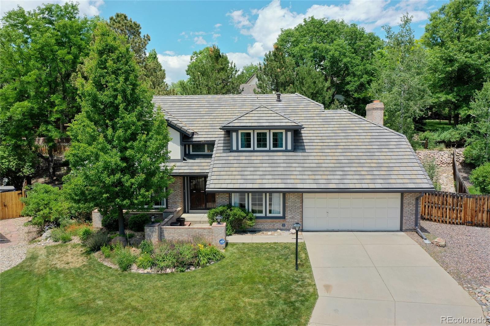11165 W Asbury Avenue Property Photo - Lakewood, CO real estate listing