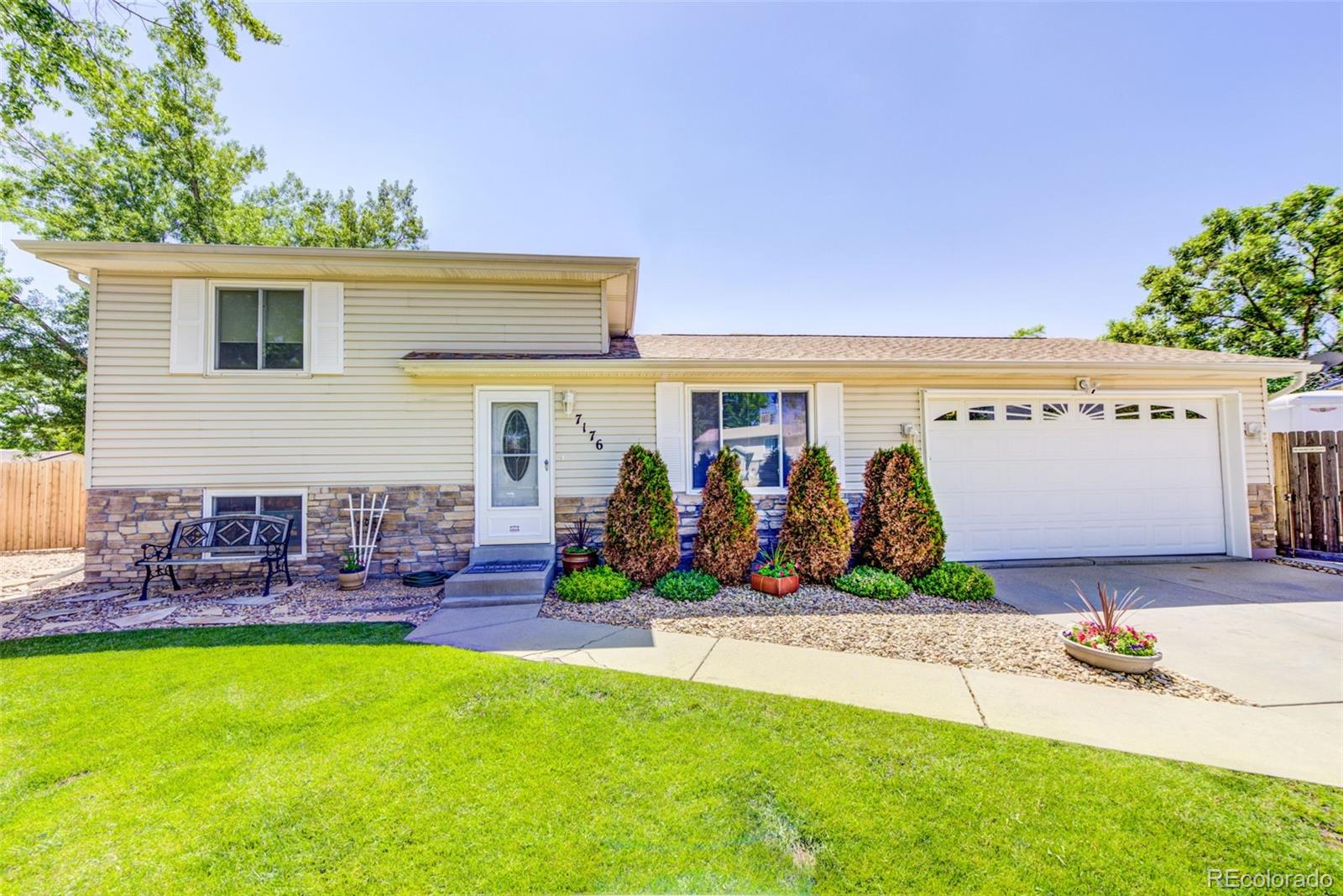 7176 Union Court Property Photo - Arvada, CO real estate listing