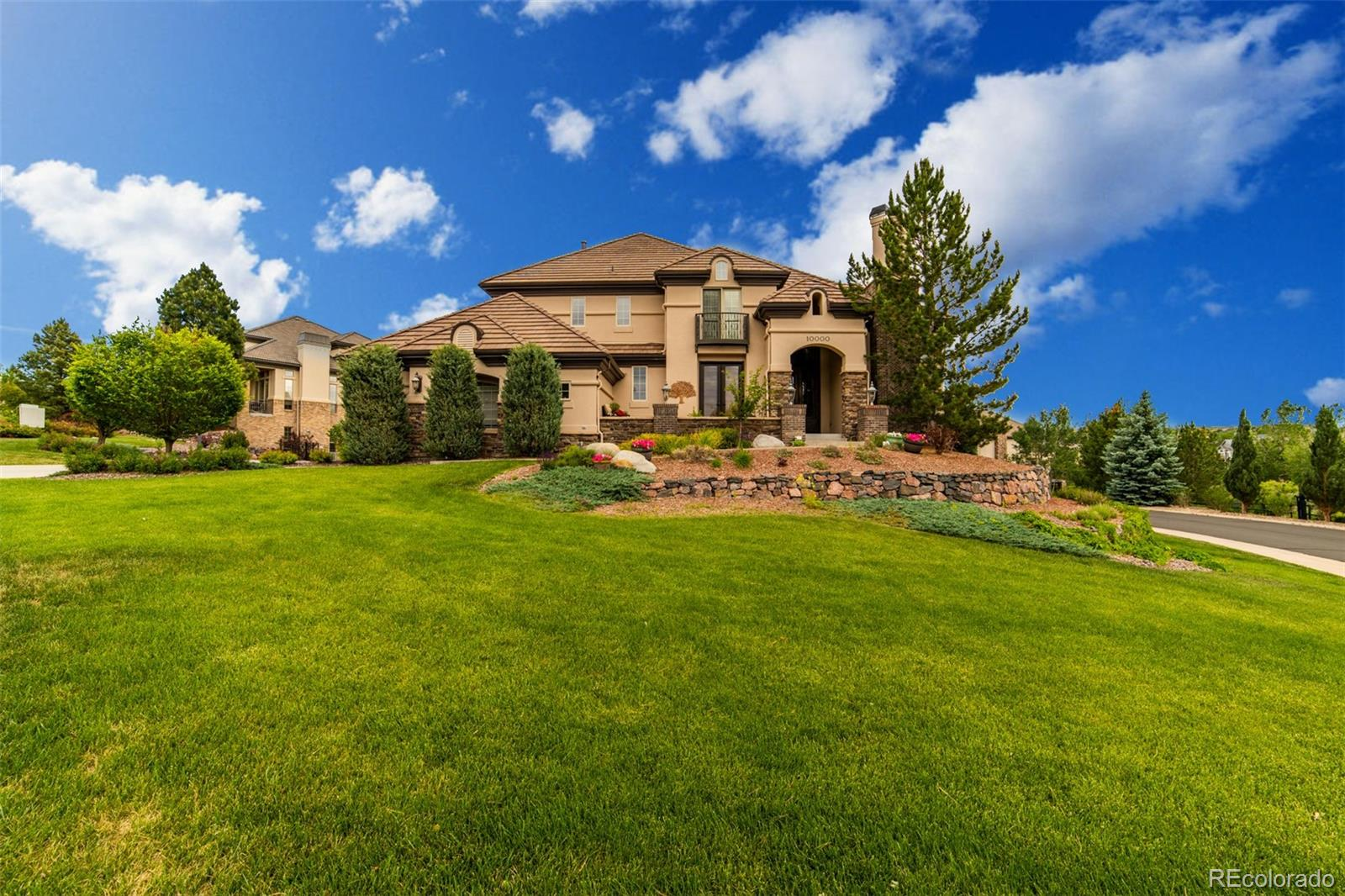 10000 S Shadow Hill Drive Property Photo - Lone Tree, CO real estate listing