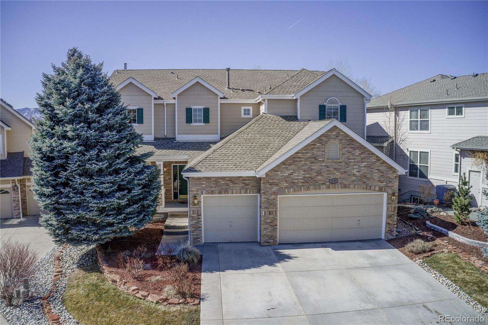 2499 S Newcombe Street Property Photo - Lakewood, CO real estate listing