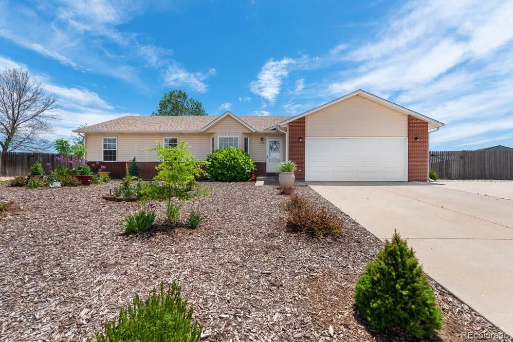 4120 Meadows Avenue Property Photo - Evans, CO real estate listing