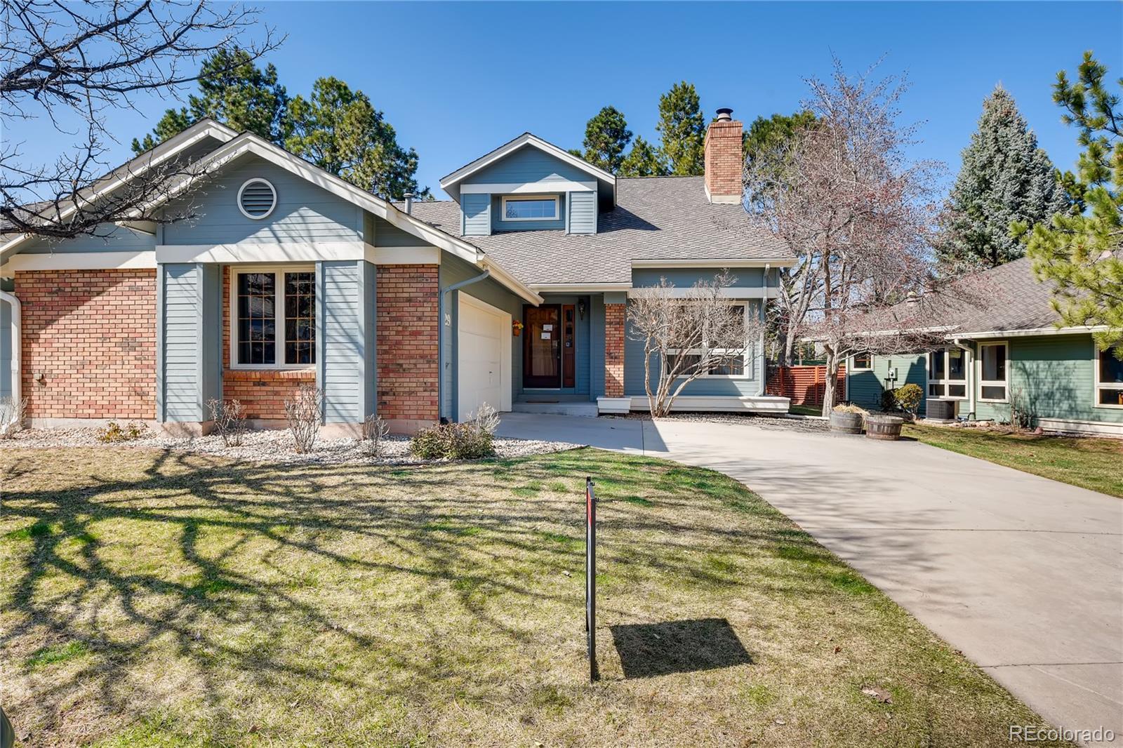 29 Pinyon Pine Road Property Photo - Littleton, CO real estate listing
