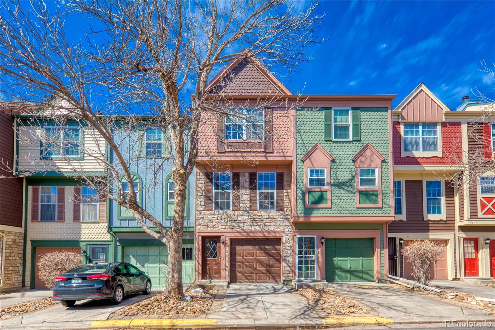 12035 E Ford Circle, Aurora, CO 80012 - Aurora, CO real estate listing