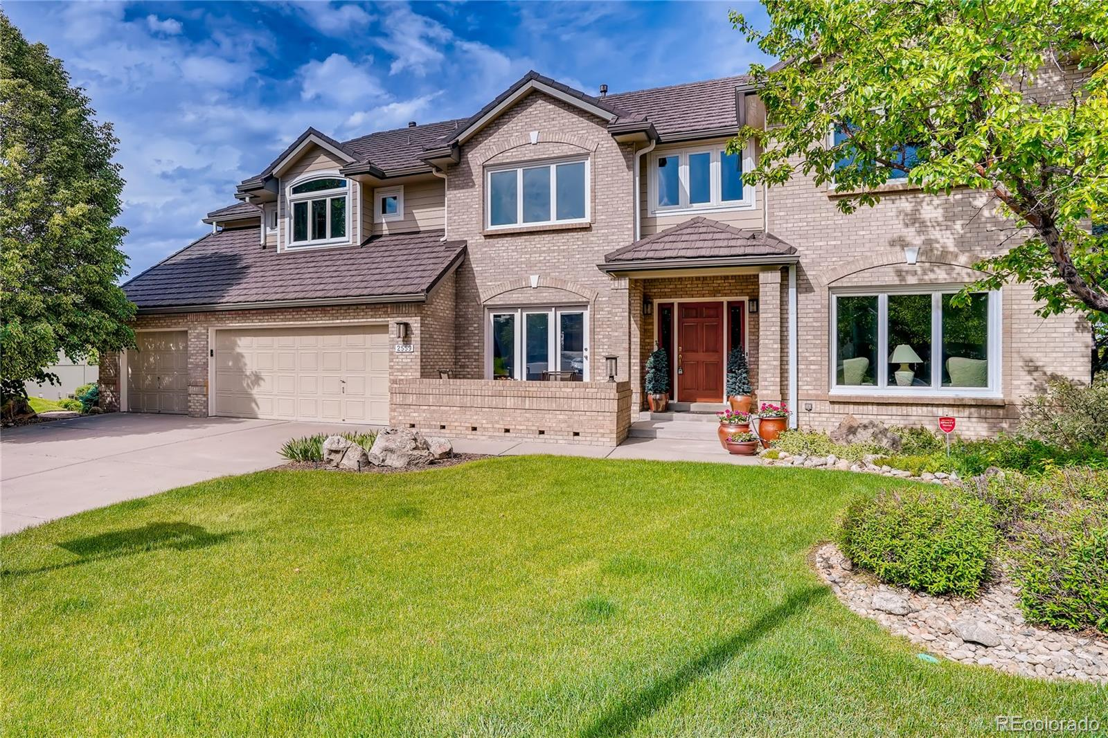 2559 S Xenophon Street Property Photo - Lakewood, CO real estate listing