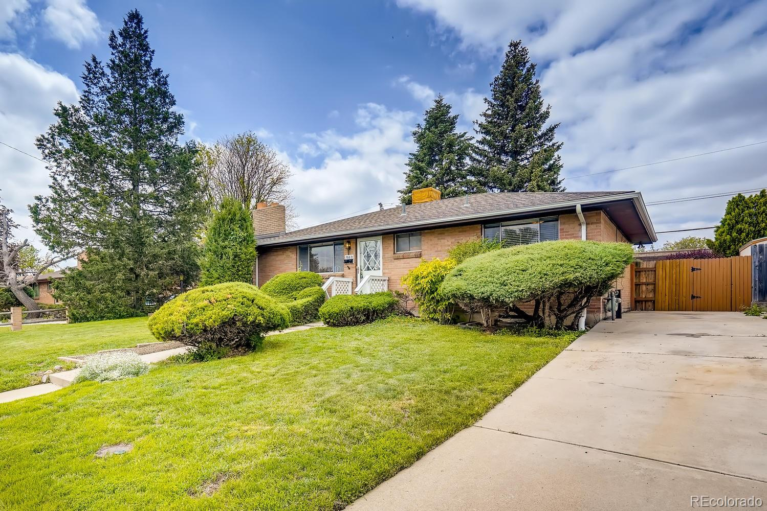 7669 Elmwood Lane Property Photo - Denver, CO real estate listing