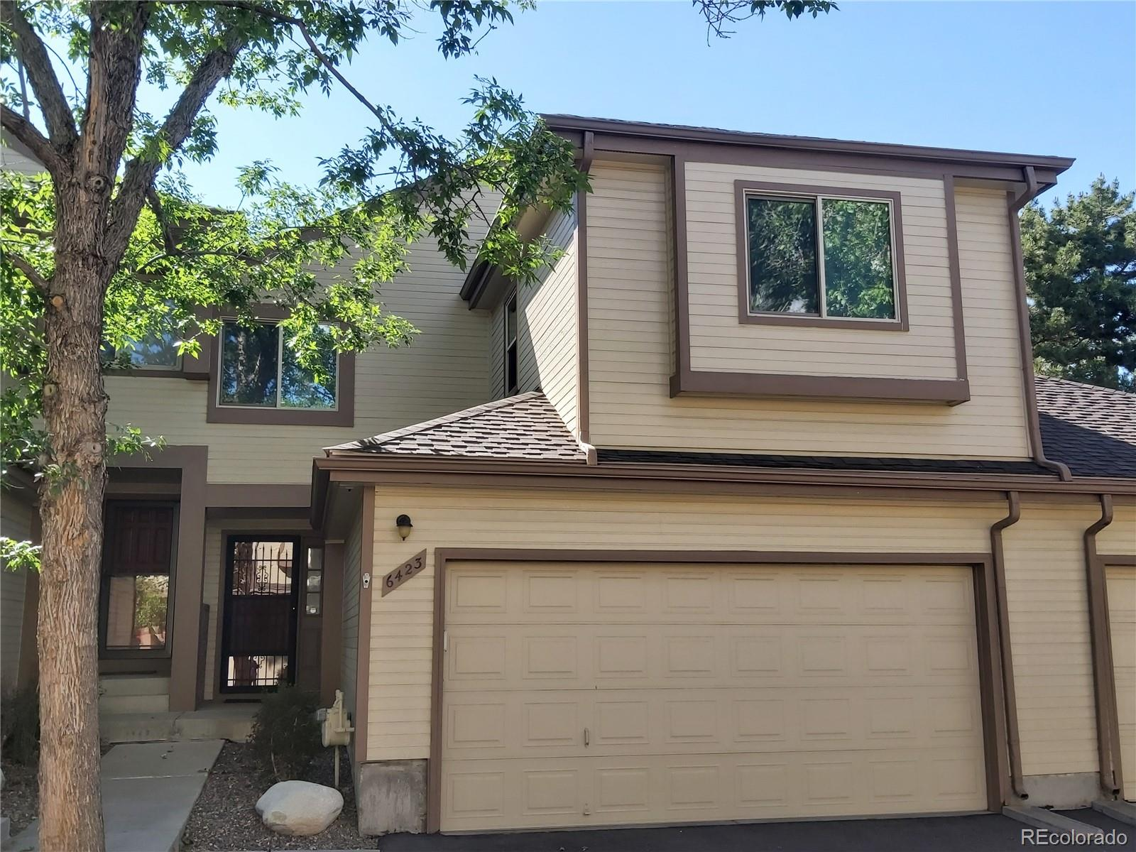 6423 S Harrison Court Property Photo - Centennial, CO real estate listing