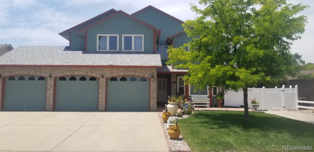 915 S Hoover Avenue Property Photo - Fort Lupton, CO real estate listing