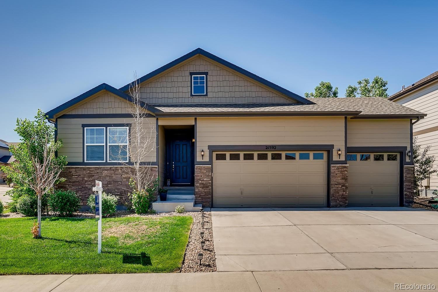21592 E Union Drive Property Photo - Aurora, CO real estate listing