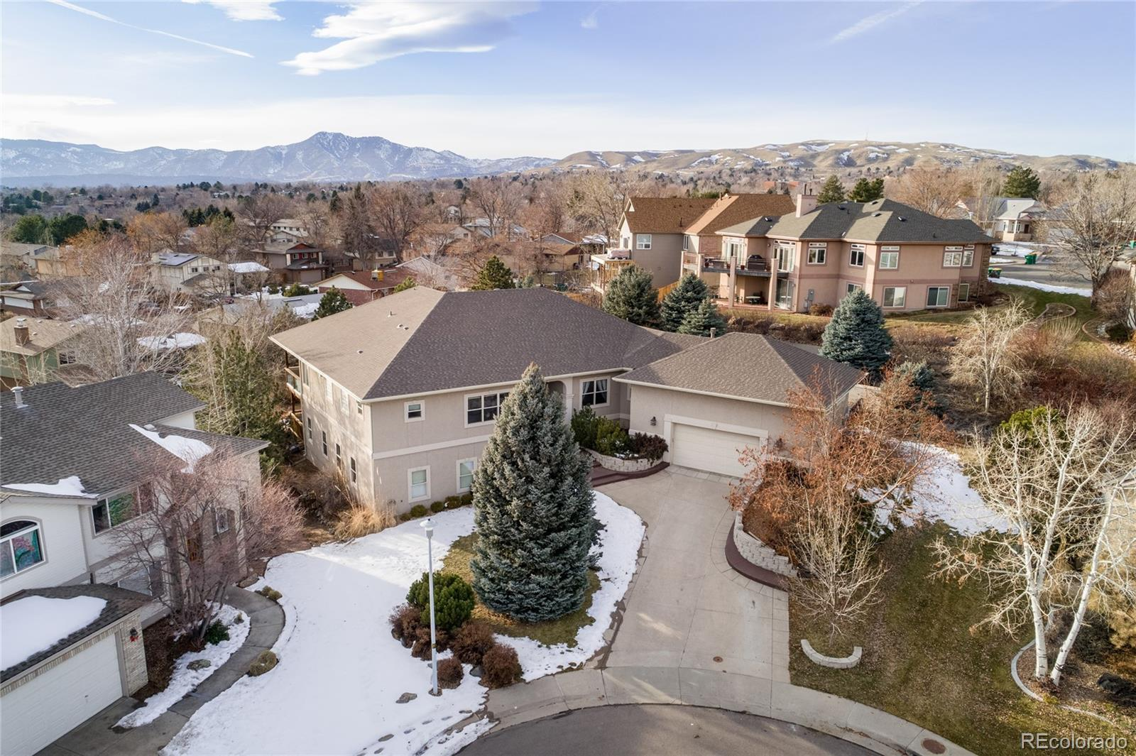 1932 S Routt Court Property Photo - Lakewood, CO real estate listing
