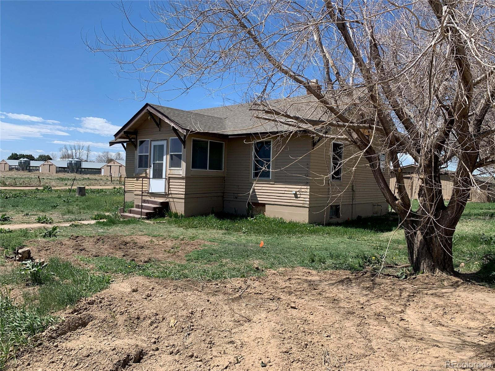 18473 County Road 43 Property Photo - La Salle, CO real estate listing