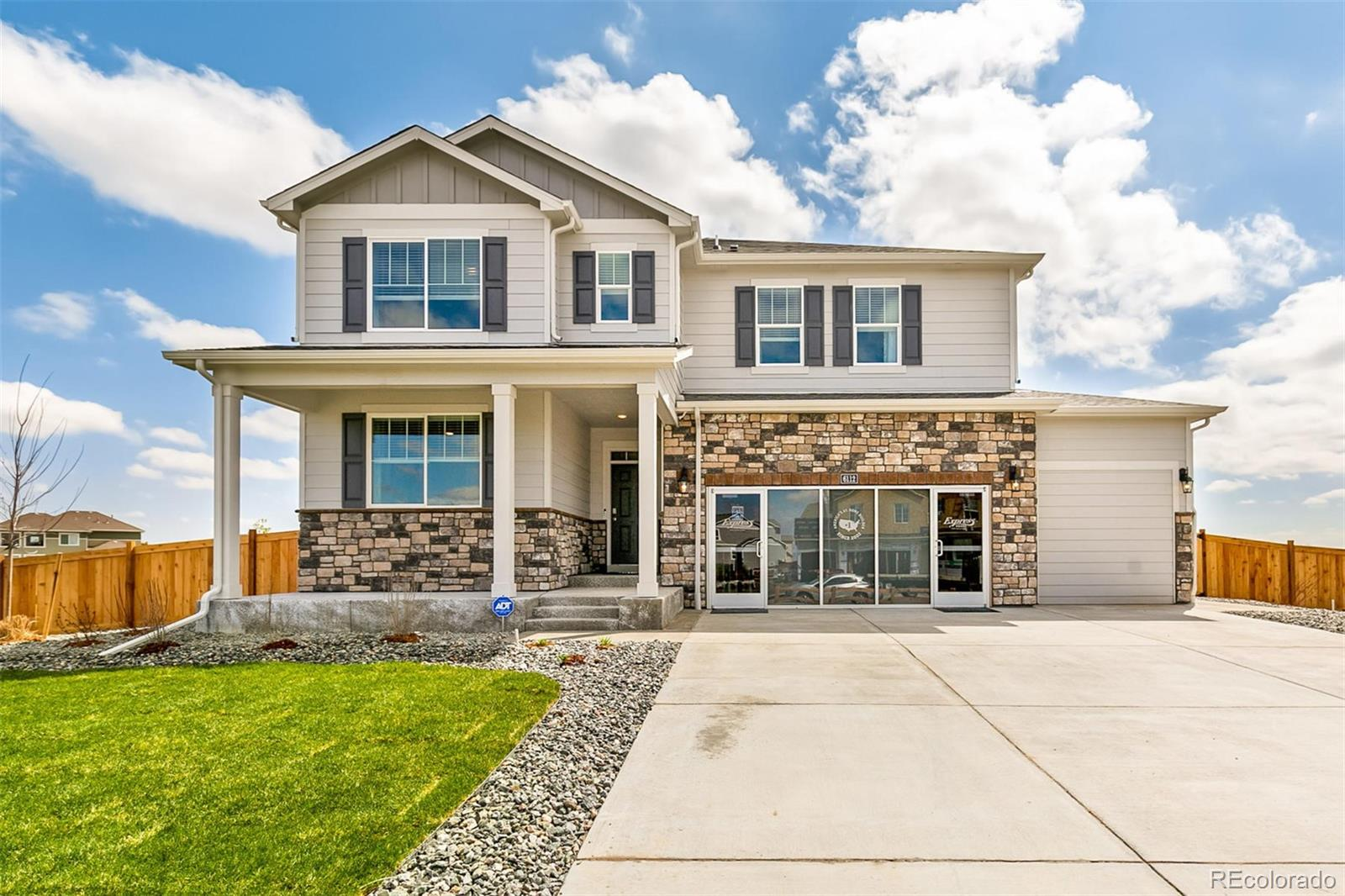 22673 E Radcliff Drive Property Photo - Aurora, CO real estate listing