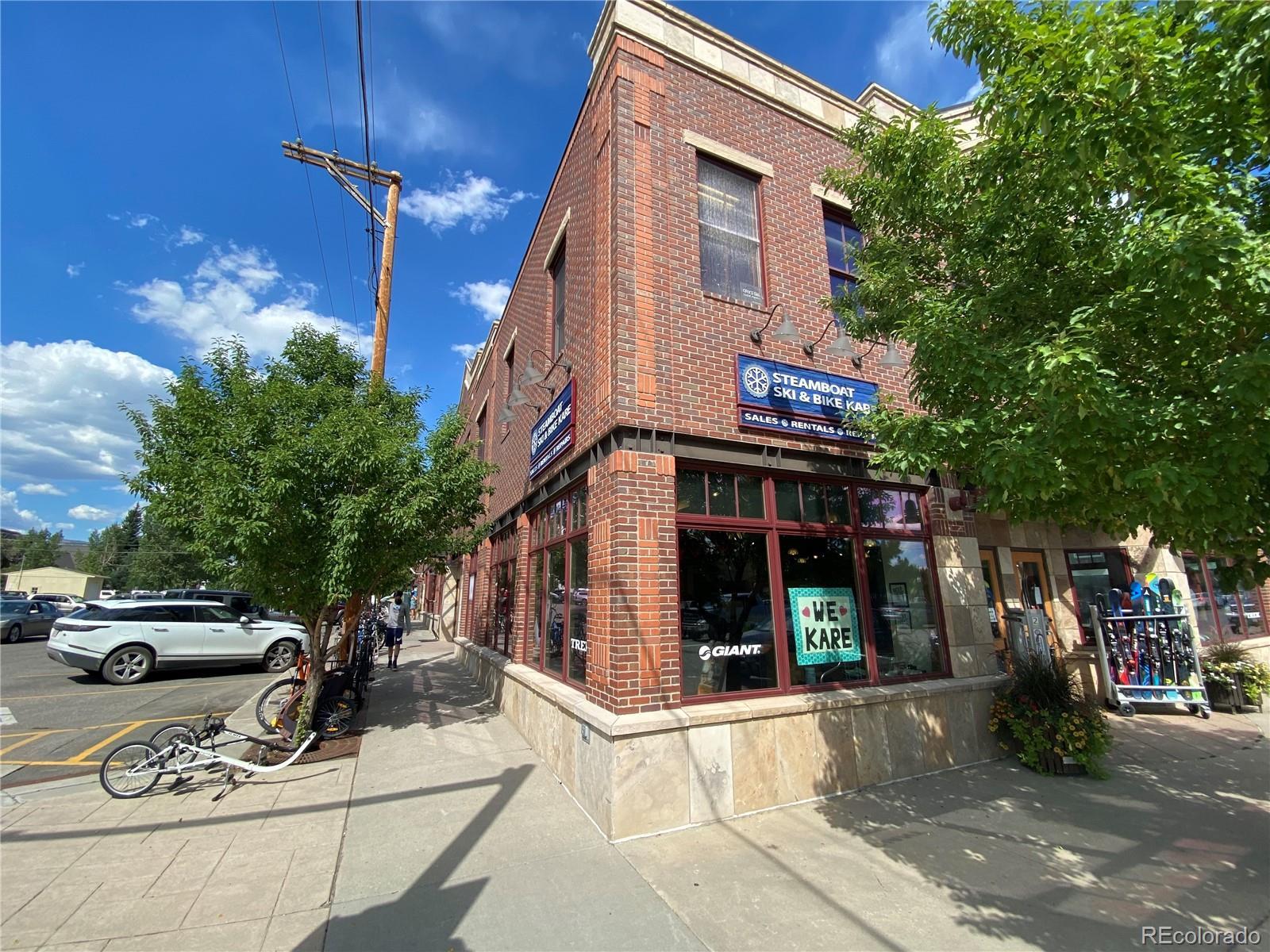 442 Lincoln Avenue #b Property Photo