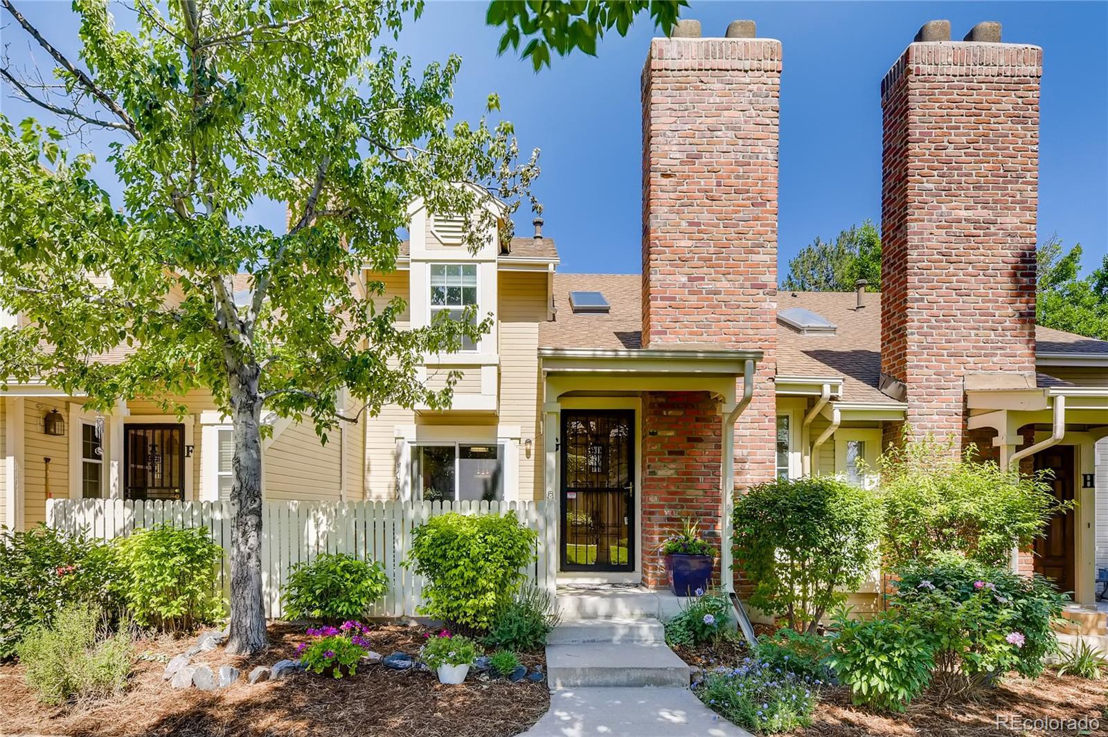 2880 W Long Circle #G Property Photo - Littleton, CO real estate listing