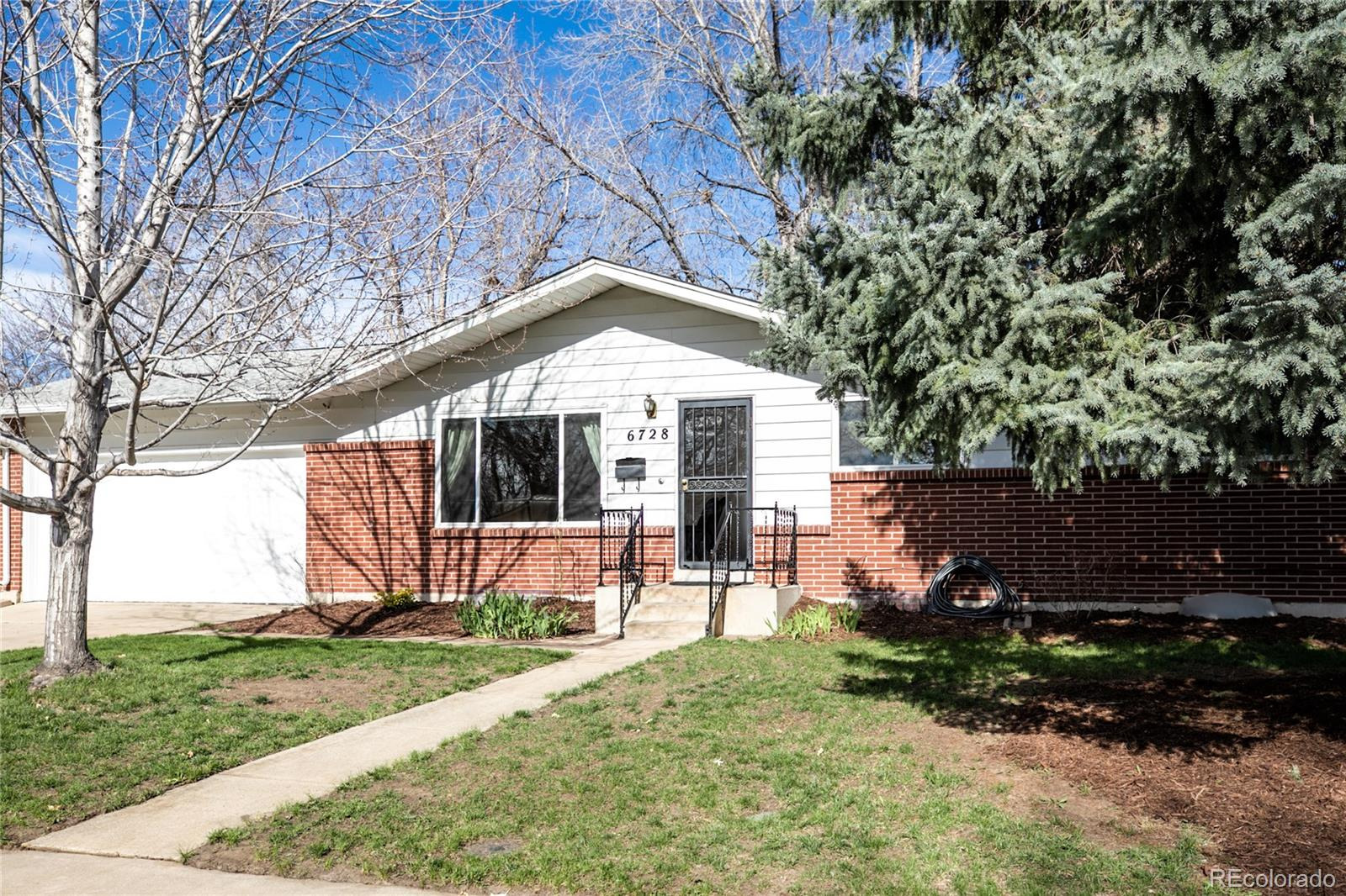6728 Newman Street Property Photo - Arvada, CO real estate listing