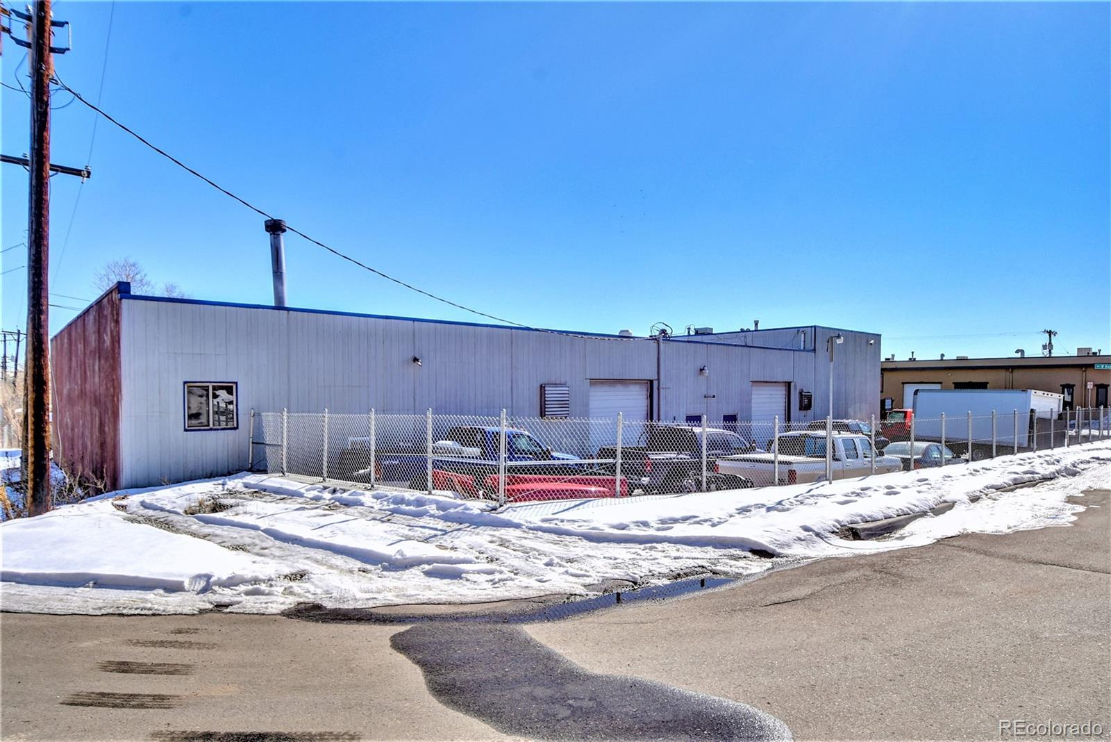 2061 W Hamilton Place Property Photo - Englewood, CO real estate listing