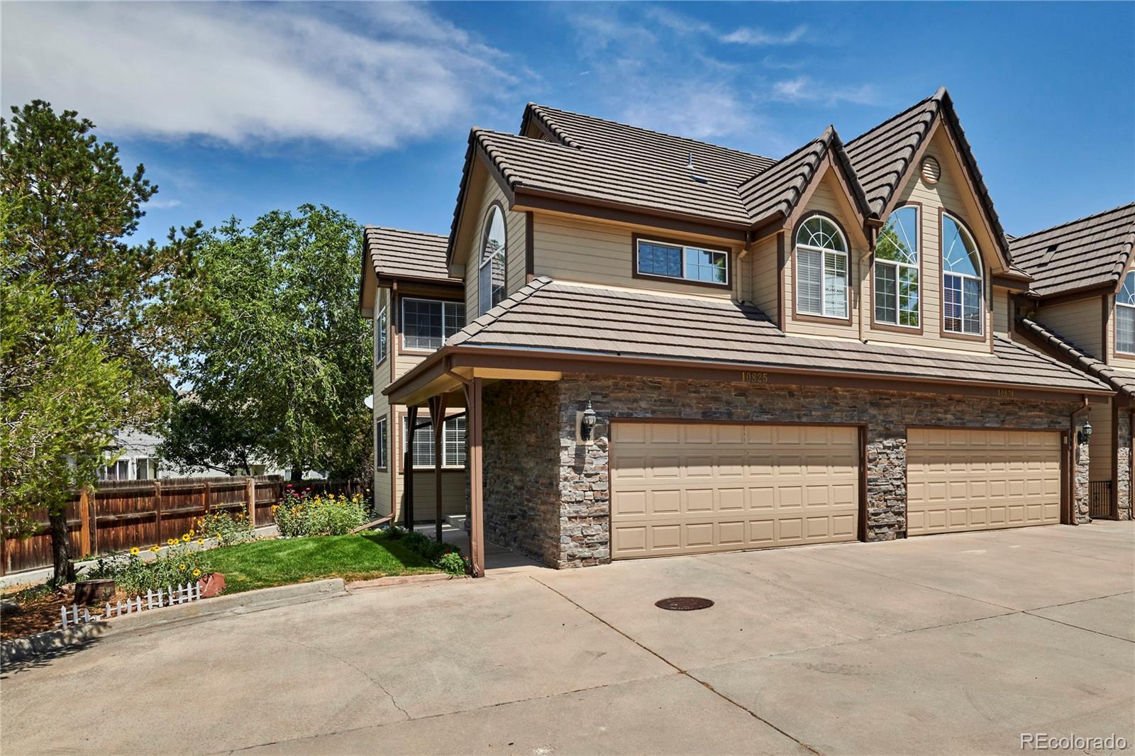 10825 E Jewell Avenue Property Photo - Aurora, CO real estate listing