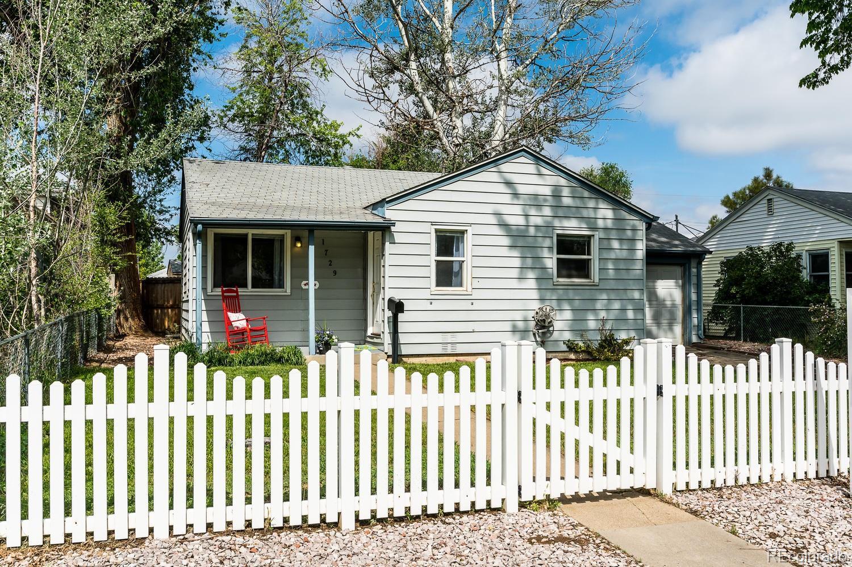1729 Akron Street Property Photo - Aurora, CO real estate listing