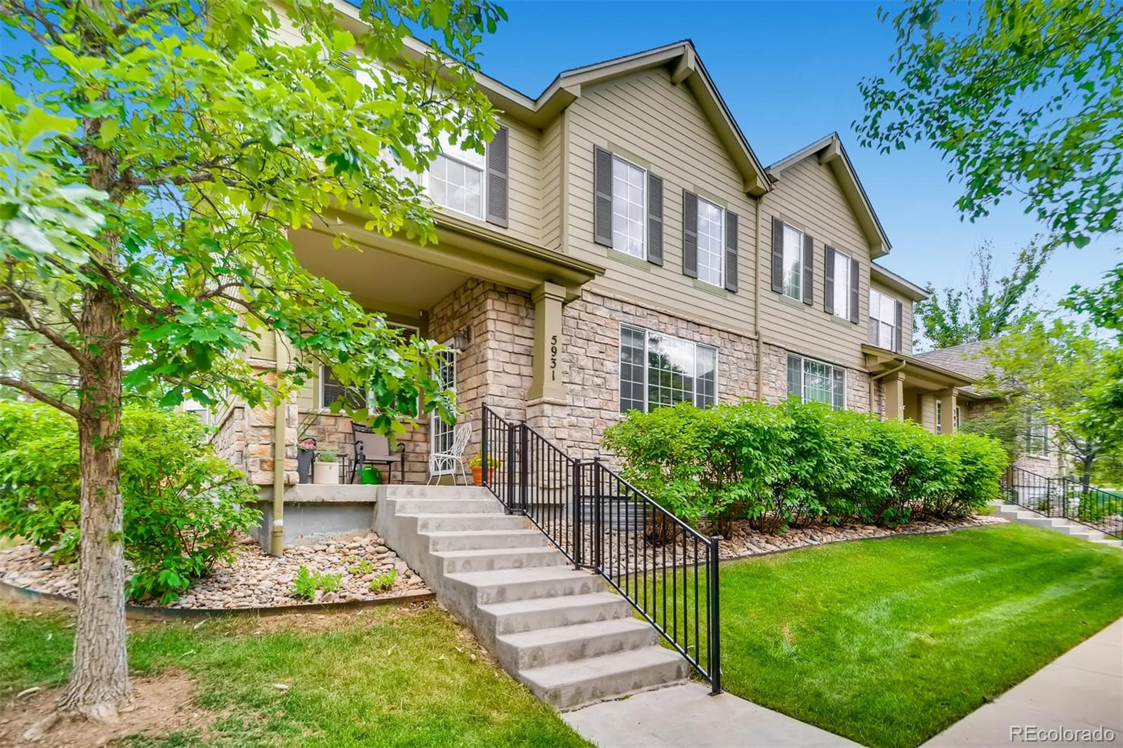 5931 S Wright Court Property Photo - Littleton, CO real estate listing