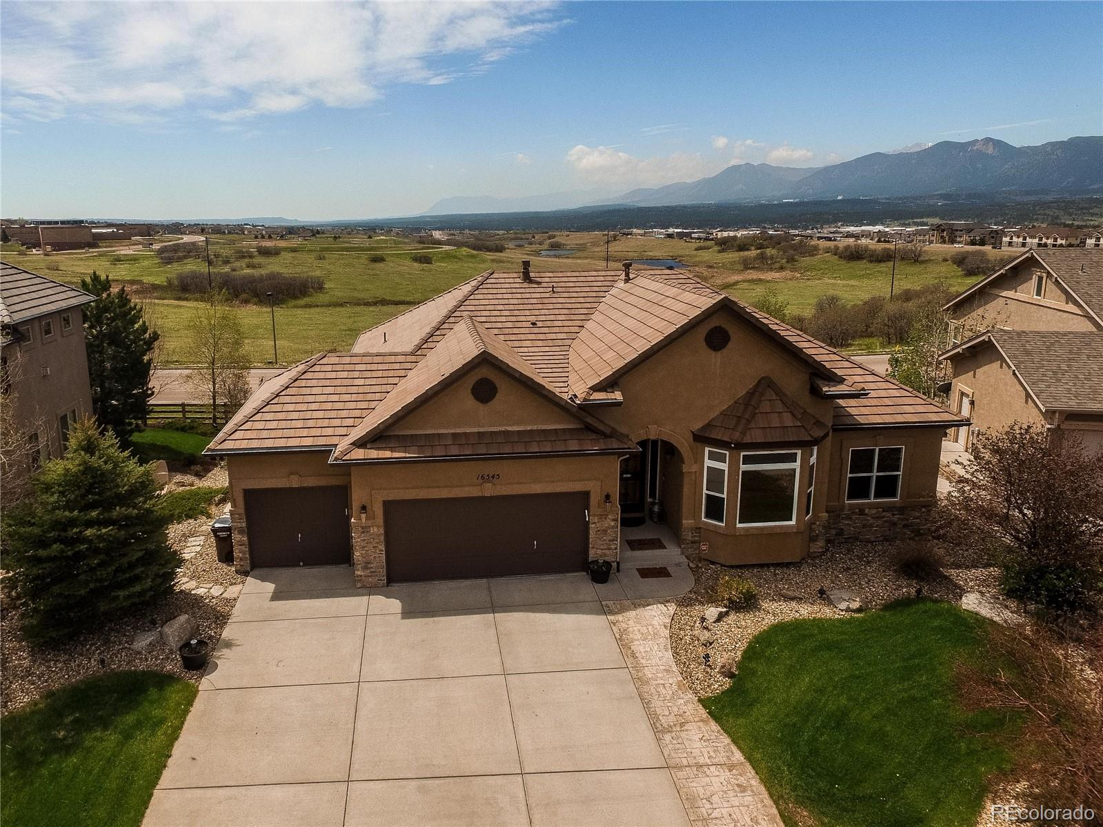 16545 Curled Oak Drive Property Photo - Monument, CO real estate listing