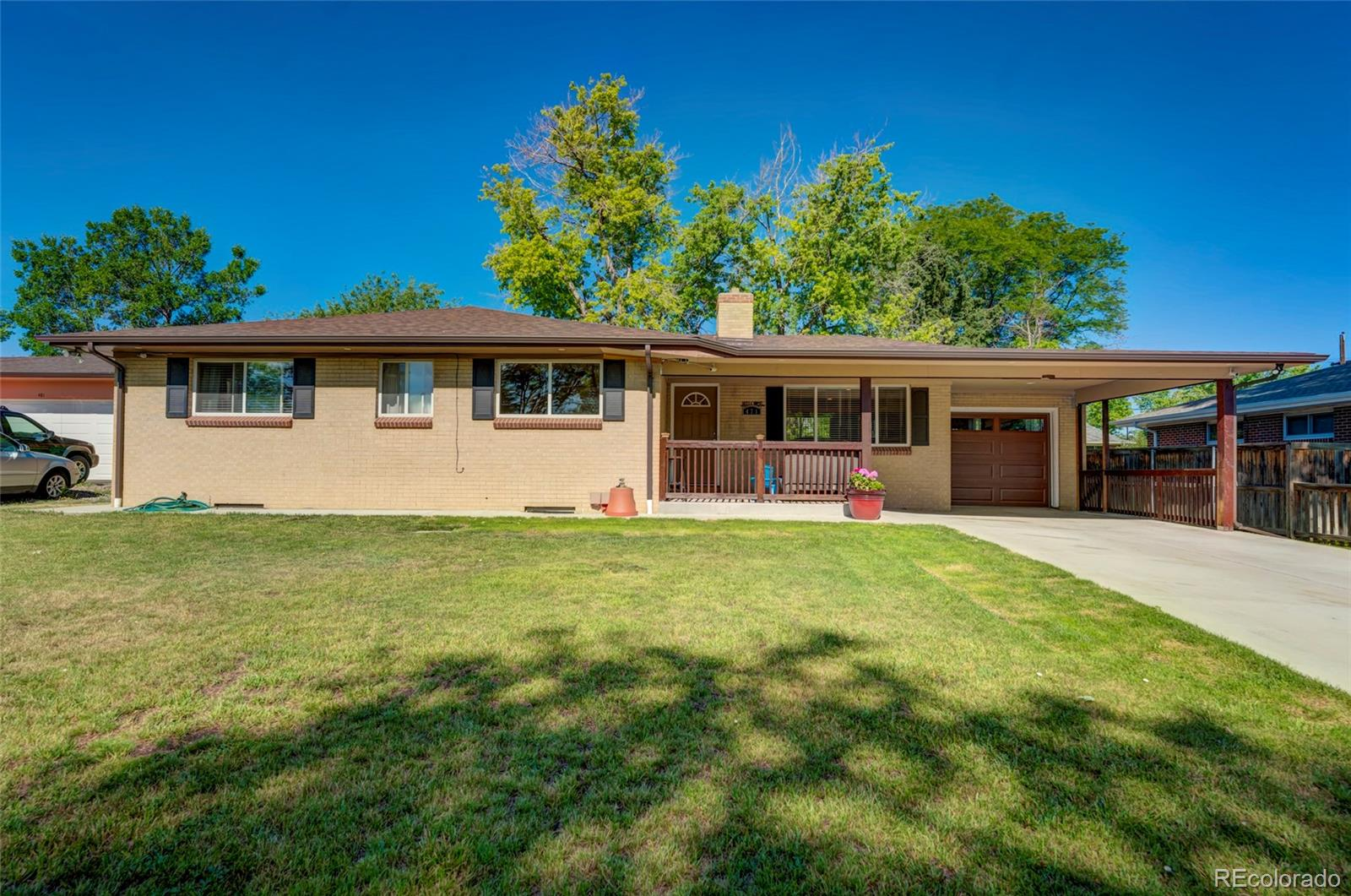 471 S Newland Street Property Photo - Lakewood, CO real estate listing