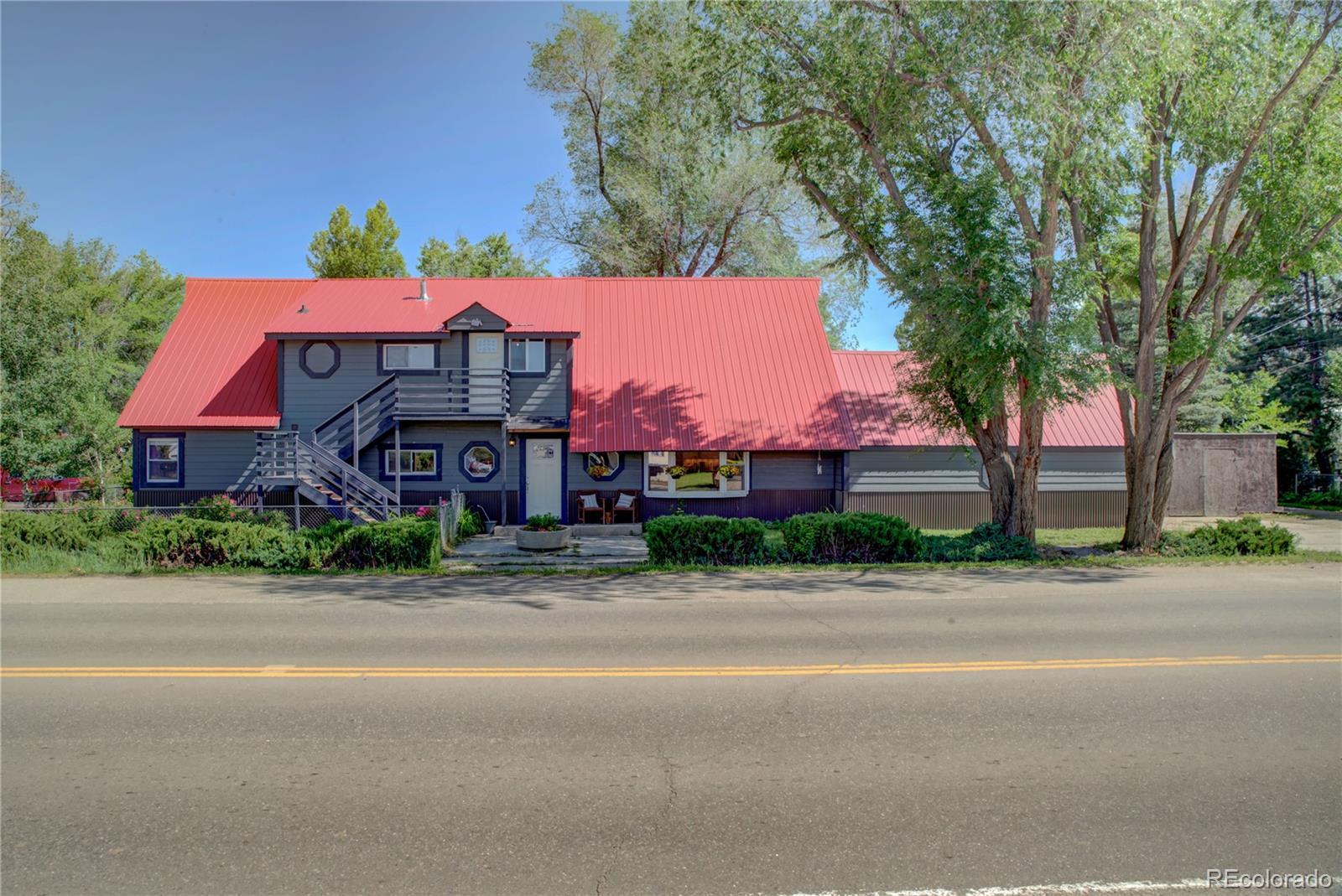 550 W Jefferson Avenue Property Photo