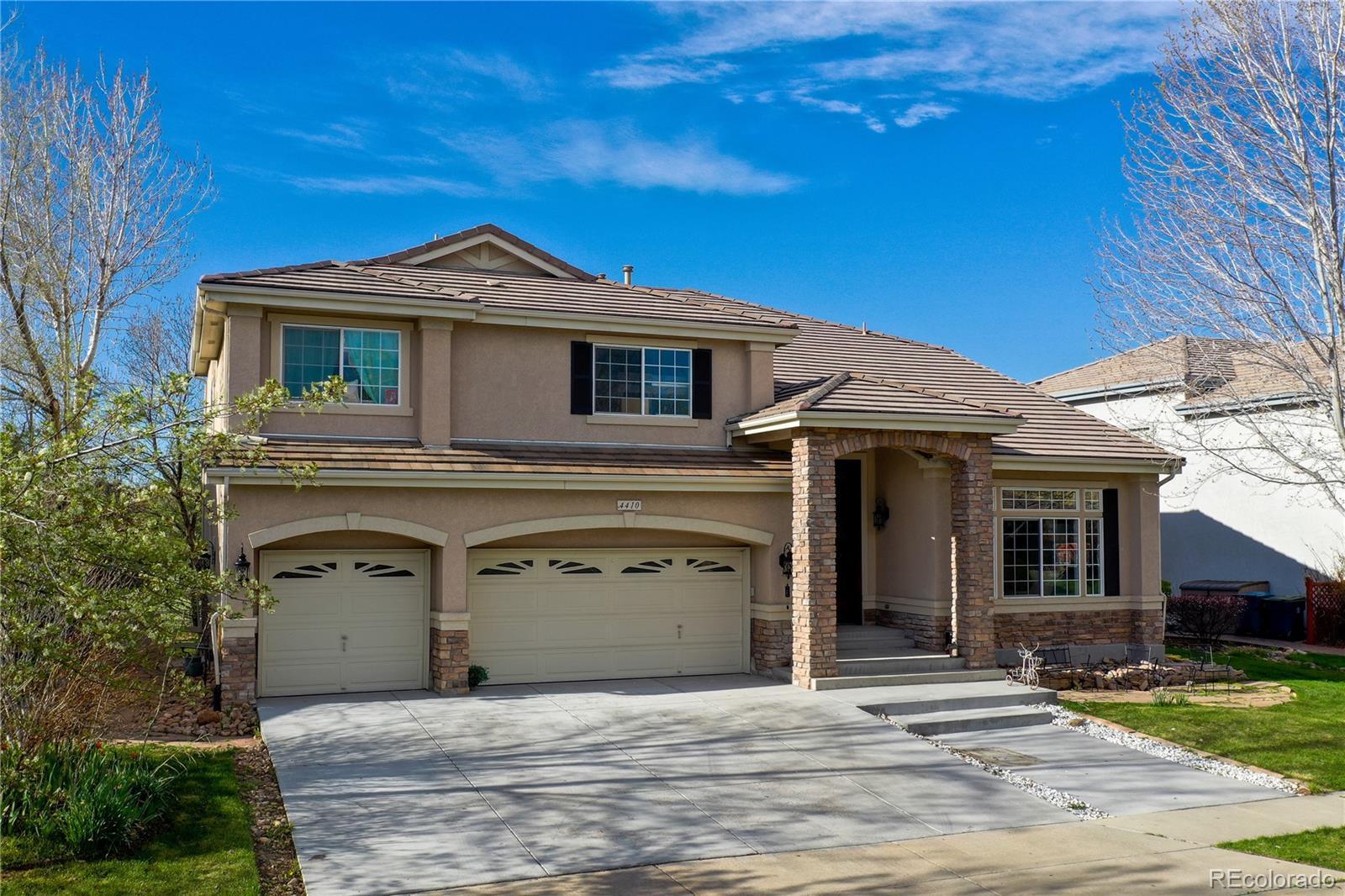 4410 Crestone Circle Property Photo - Broomfield, CO real estate listing