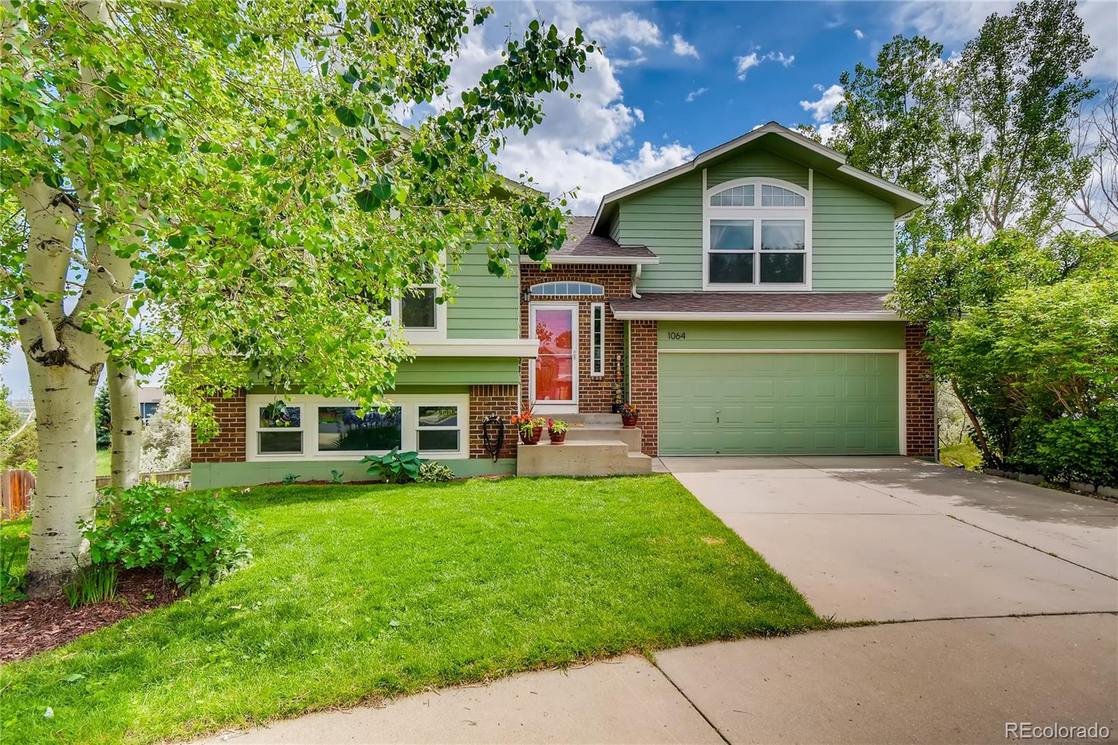 1064 Hawk Court Property Photo - Louisville, CO real estate listing