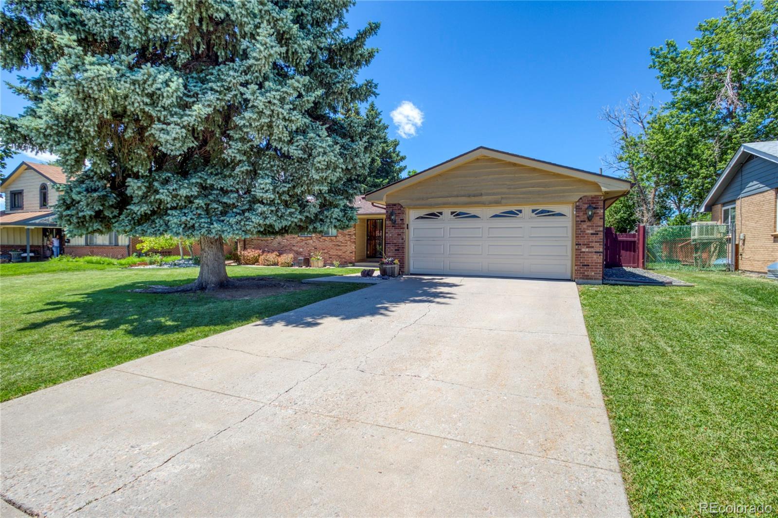 311 S Lamar Street Property Photo - Lakewood, CO real estate listing