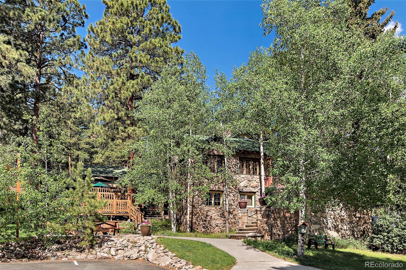 Pine Real Estate Listings Main Image