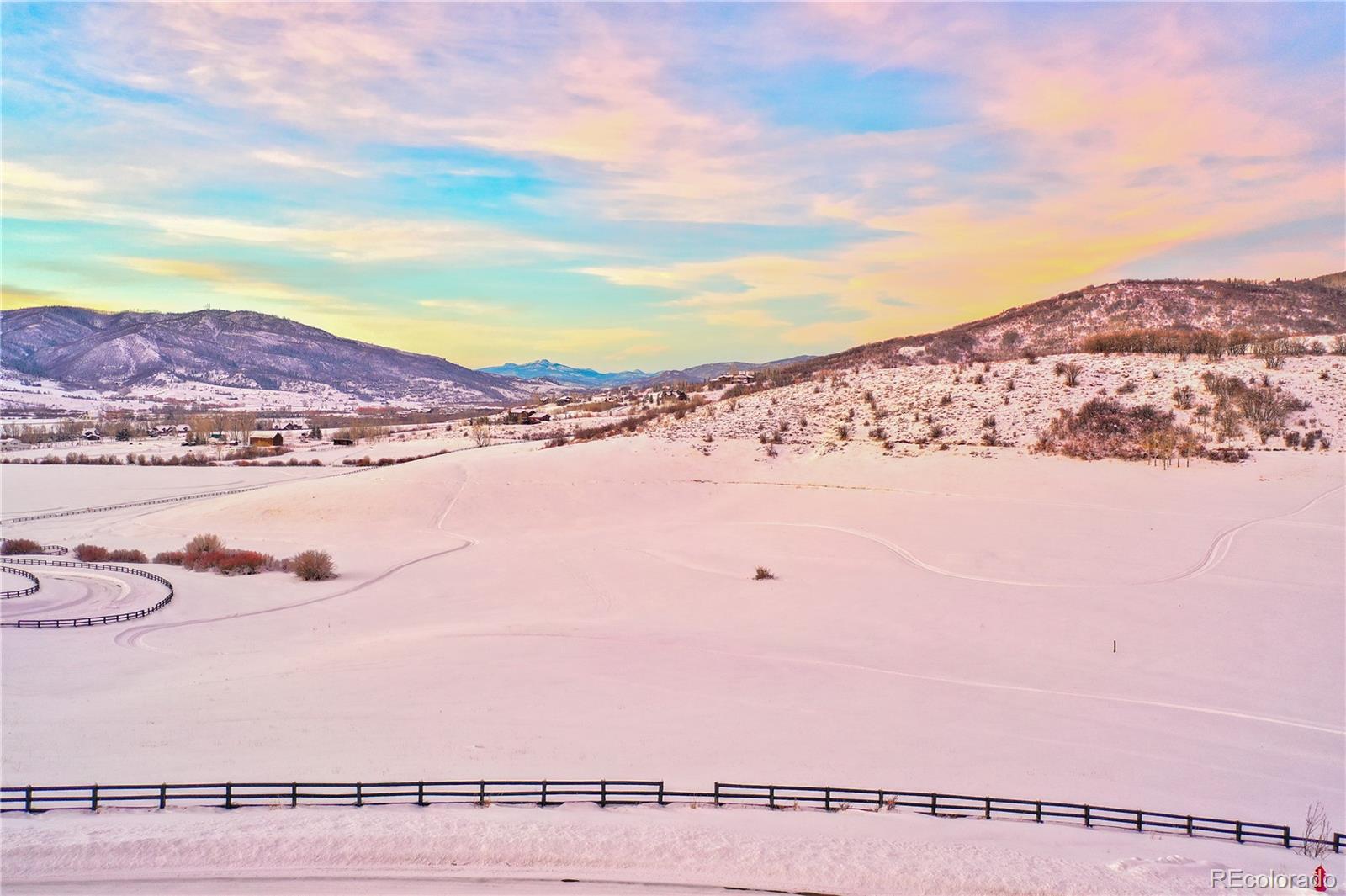 33200 Meadow Creek Drive Property Photo 1