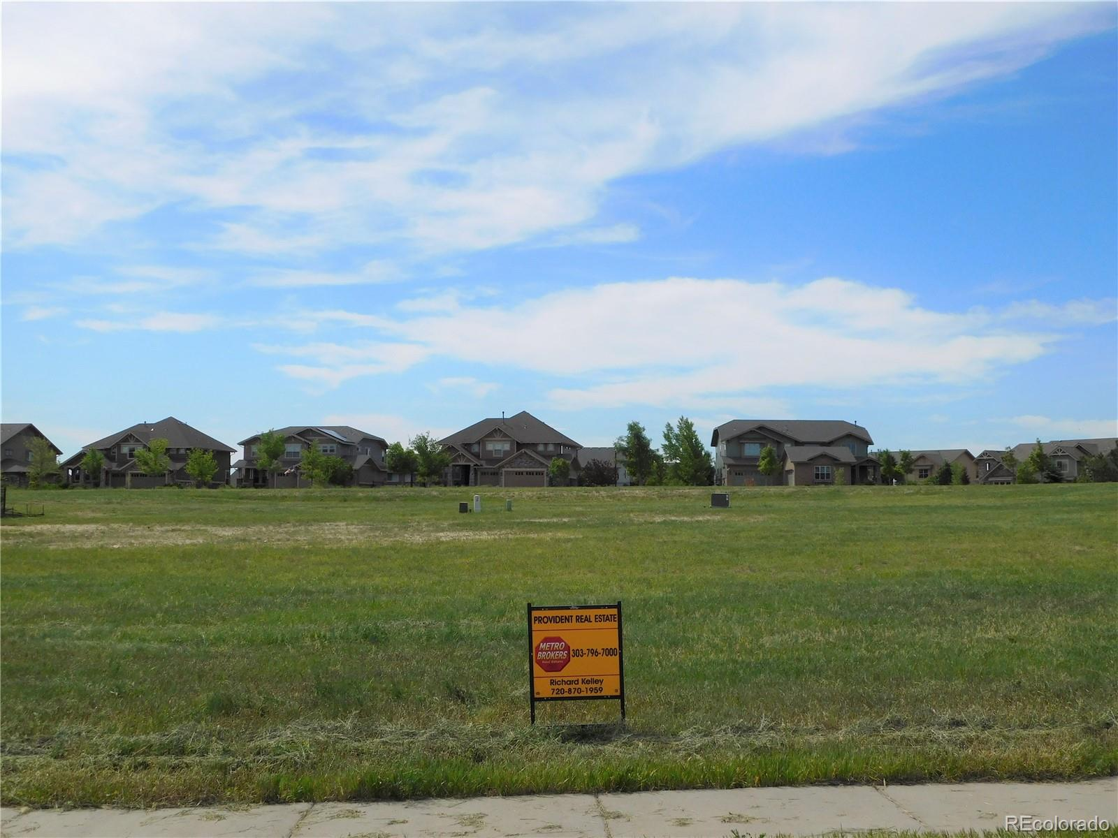 8039 E Nova Circle Property Photo - Aurora, CO real estate listing