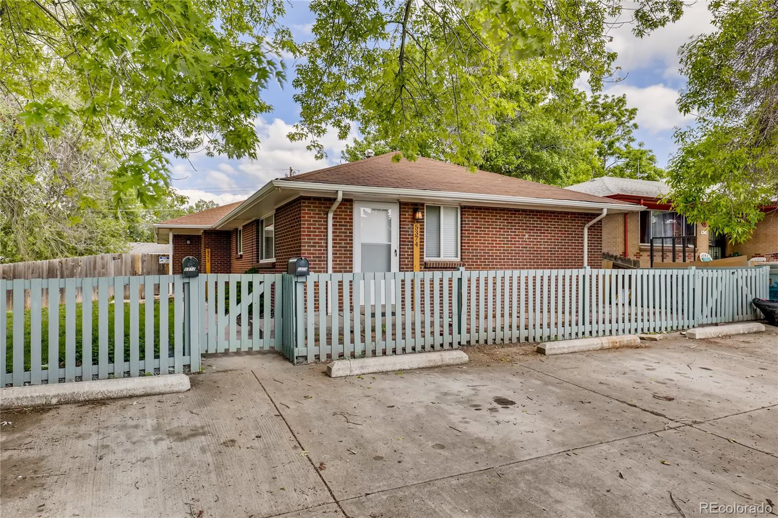 5372 S Huron Street Property Photo - Littleton, CO real estate listing