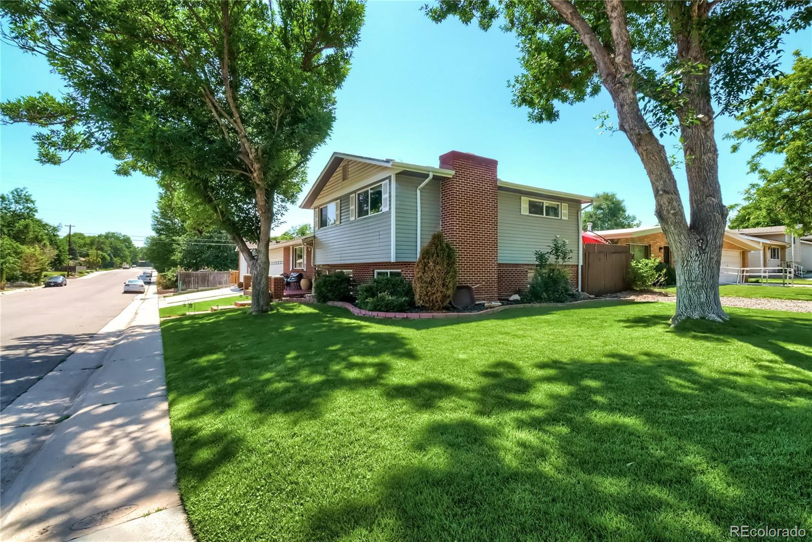 1000 E Cornell Avenue Property Photo - Englewood, CO real estate listing
