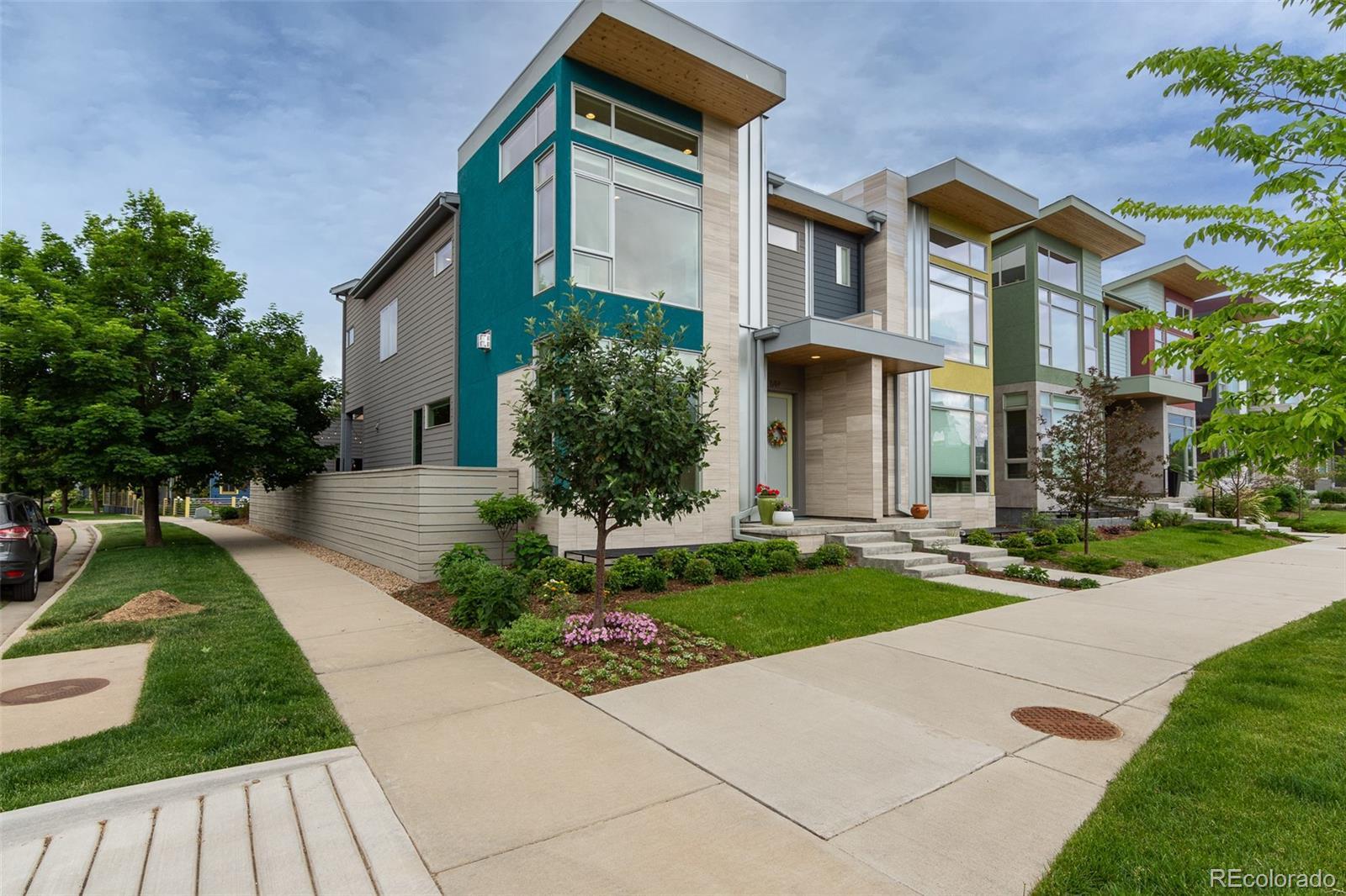 844 Half Measures Drive Property Photo - Longmont, CO real estate listing