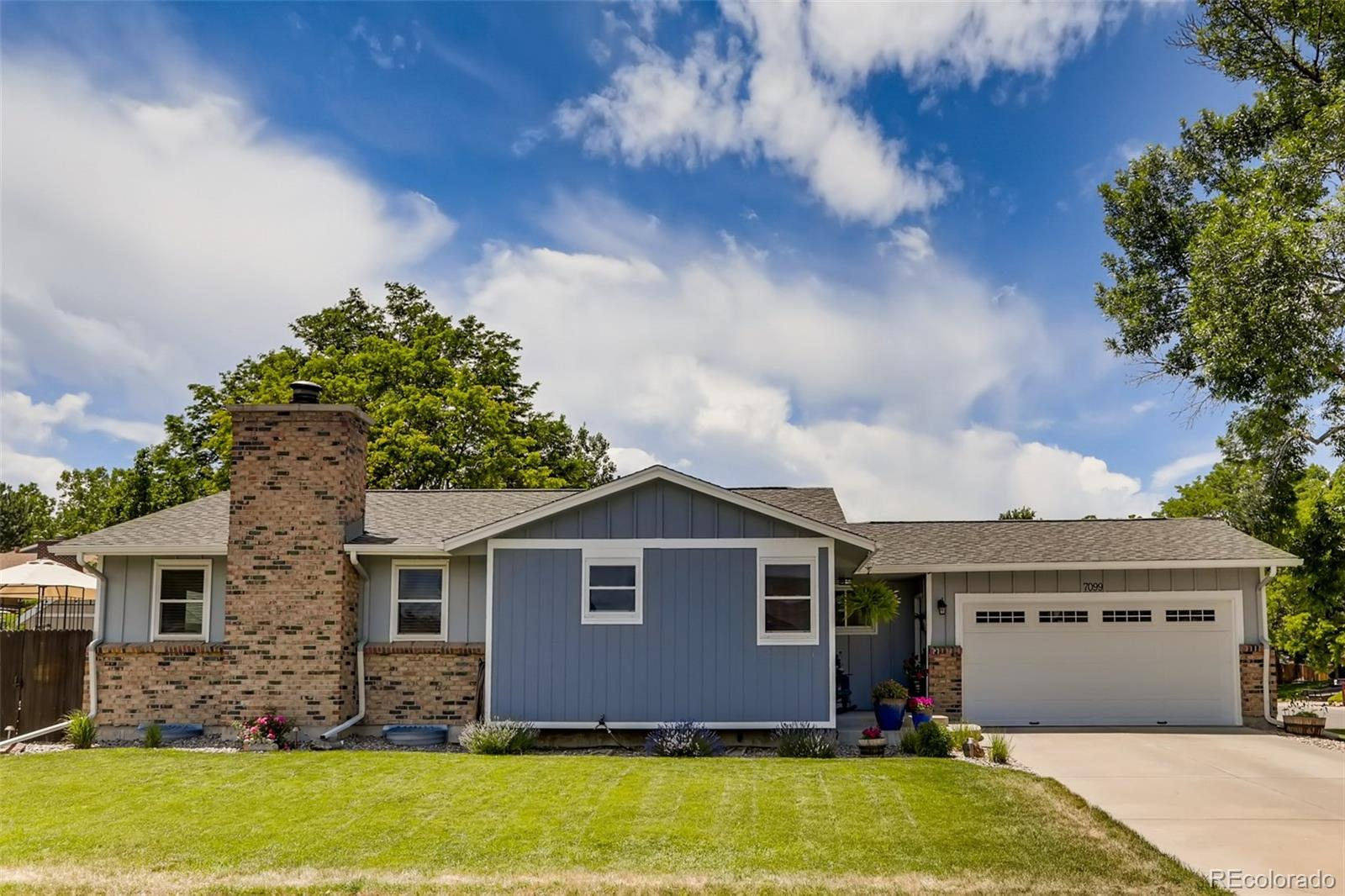 7099 S Allison Way Property Photo - Littleton, CO real estate listing