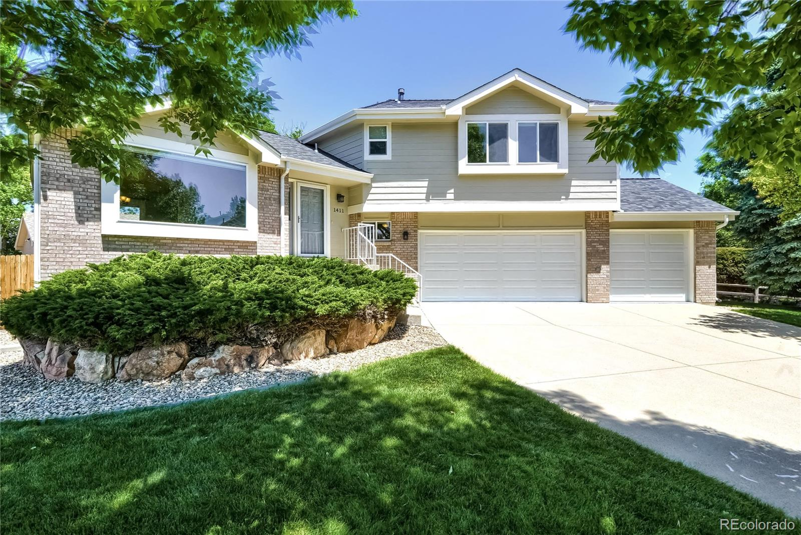 1411 Stonehaven Avenue Property Photo - Broomfield, CO real estate listing