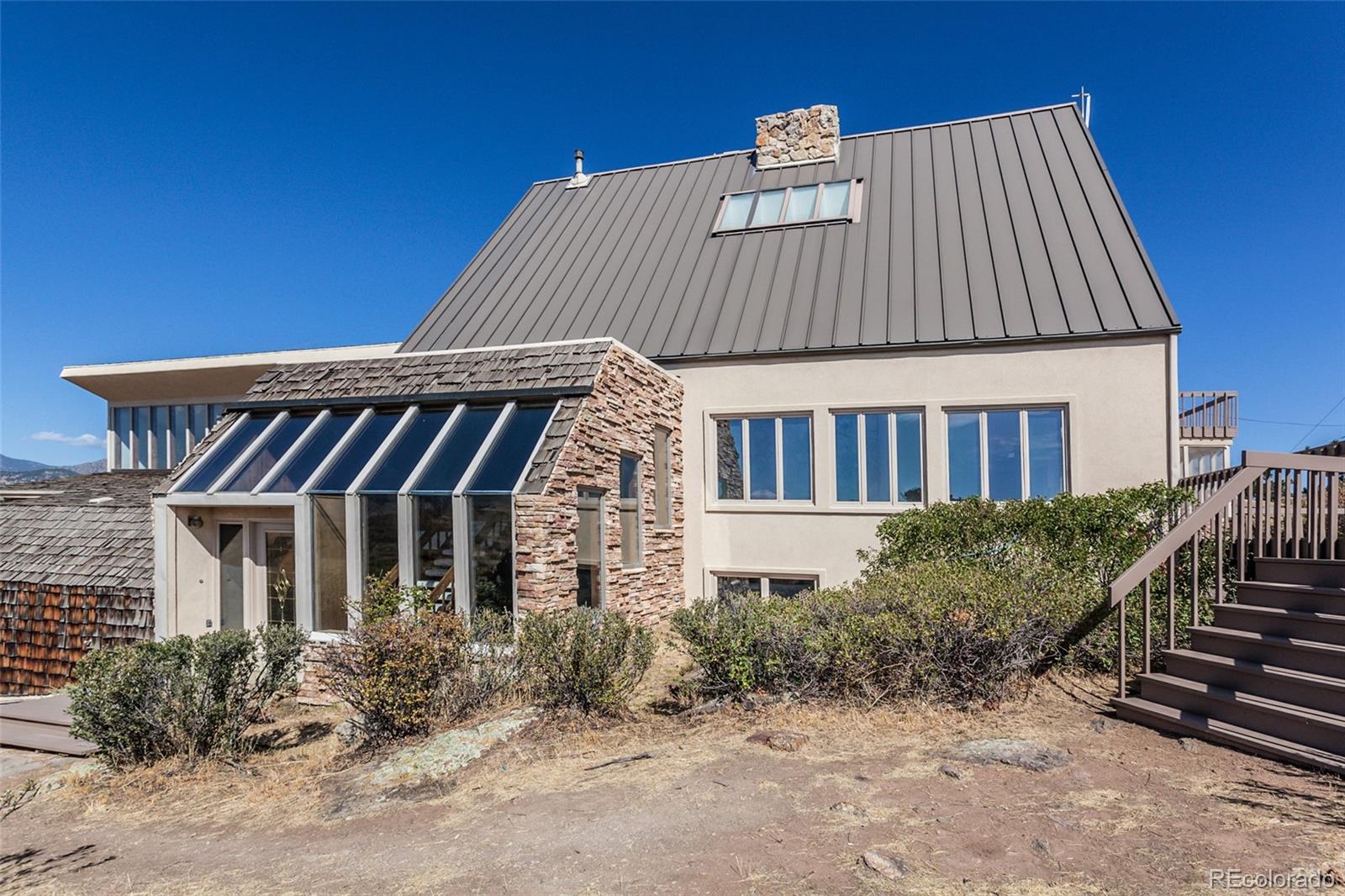 7333 Leslie Drive Property Photo - Loveland, CO real estate listing
