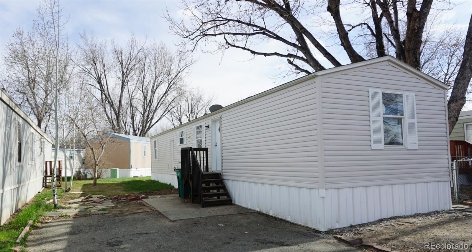 10910 Turner Boulevard Property Photo - Longmont, CO real estate listing