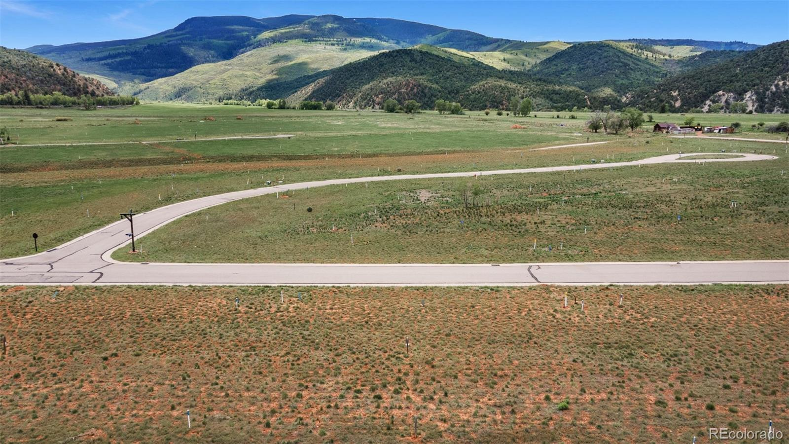 114 Bridle Path Property Photo 1