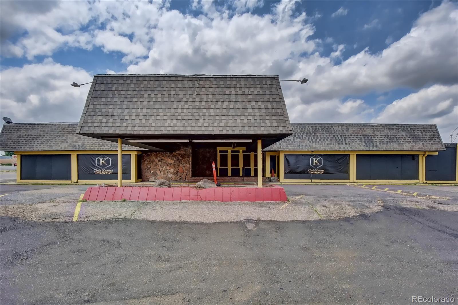 2121 S Sheridan Boulevard Property Photo - Denver, CO real estate listing