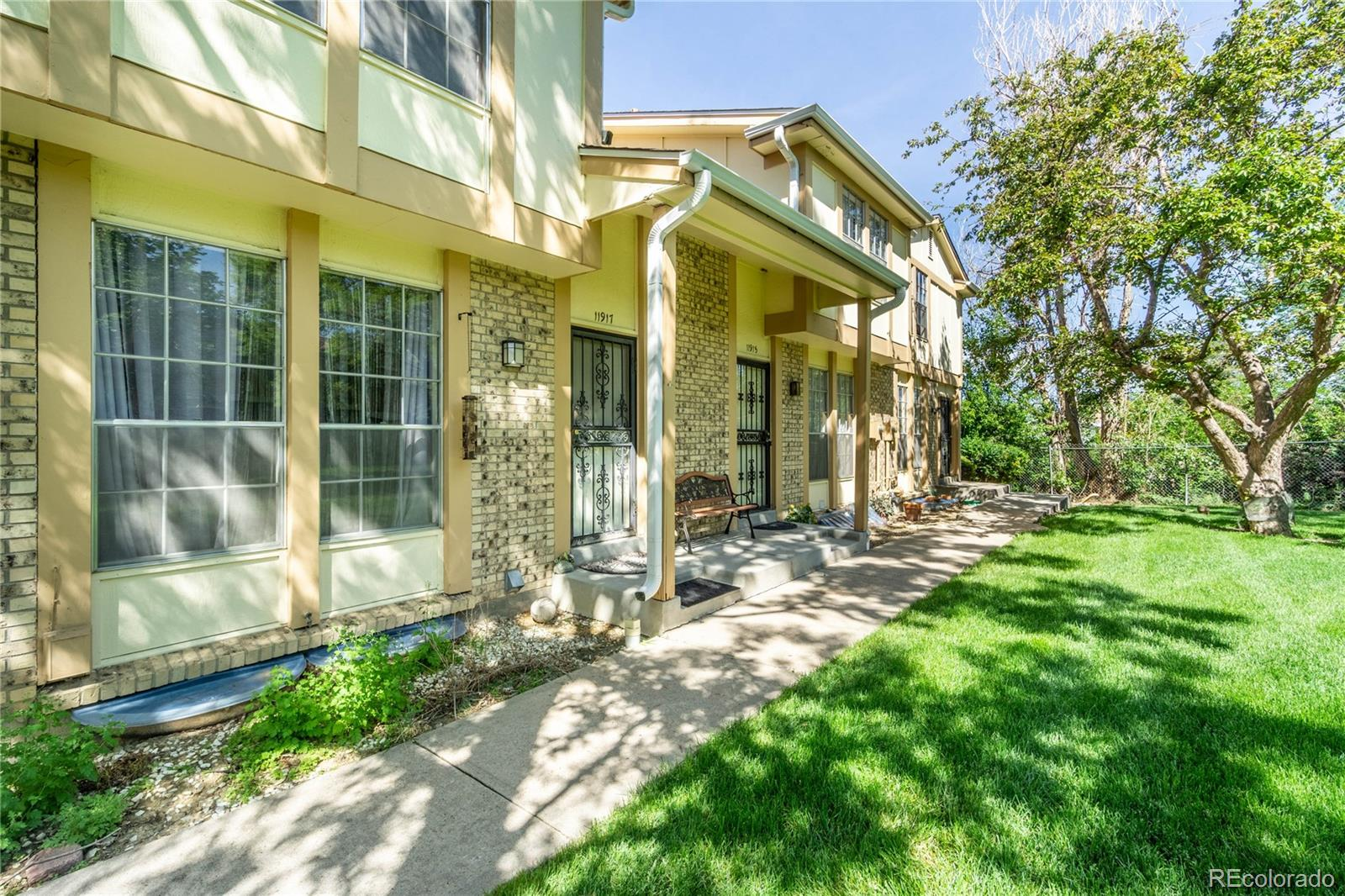 11917 E Canal Drive Property Photo - Aurora, CO real estate listing