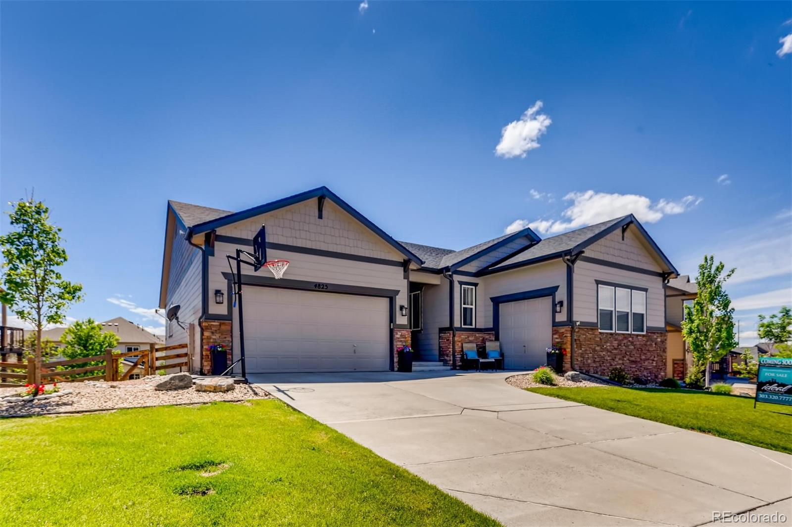 4825 S Riviera Way Property Photo - Aurora, CO real estate listing