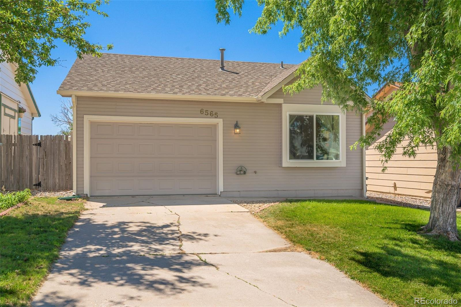 6565 Mohican Drive Property Photo - Colorado Springs, CO real estate listing