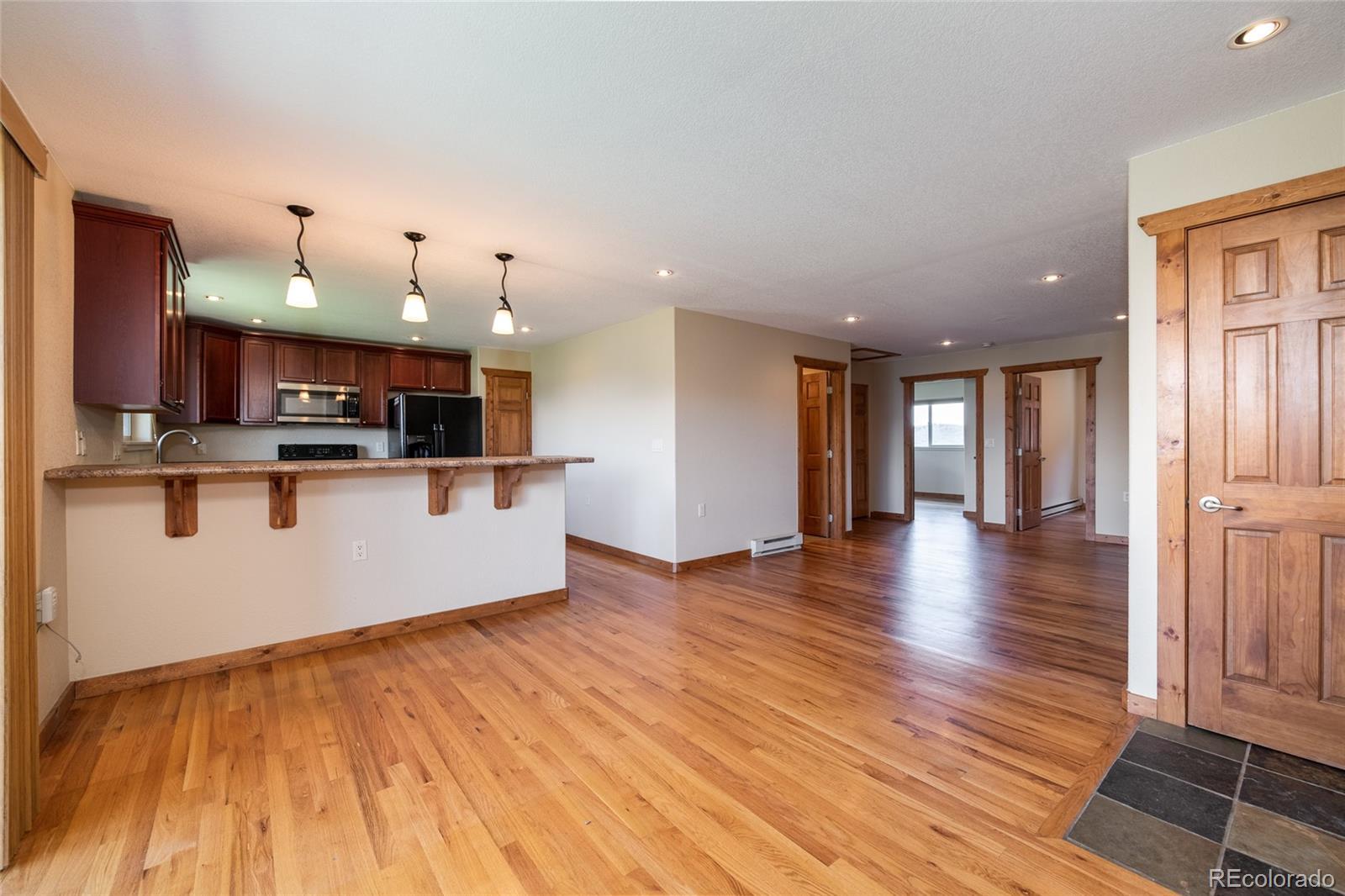 127 Oak Ridge Circle #104 Property Photo 1