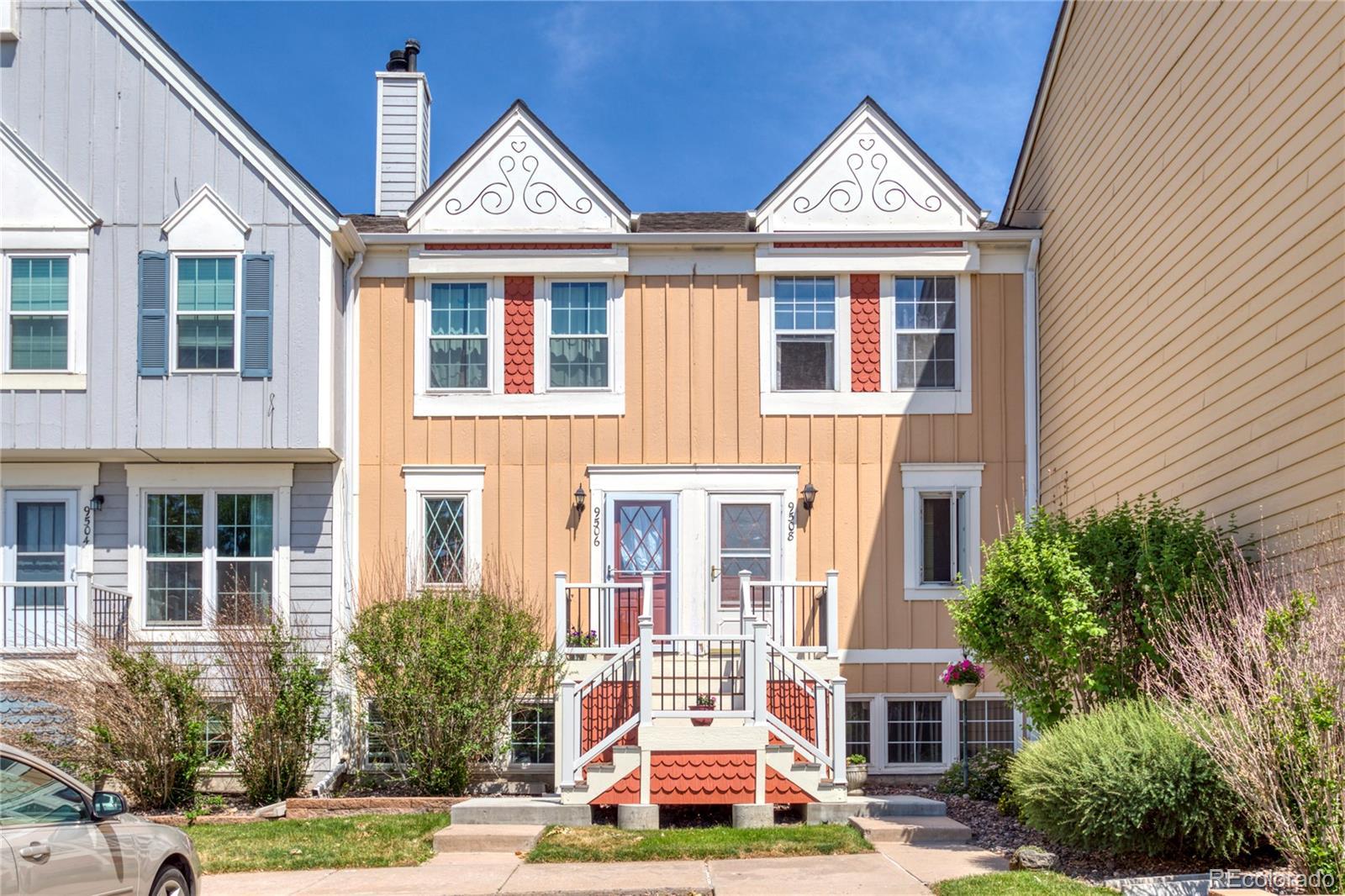 9506 W Ontario Drive Property Photo - Littleton, CO real estate listing