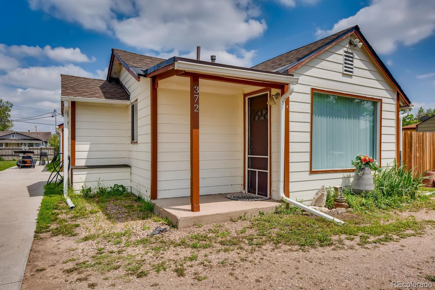 364 S Newton Street Property Photo - Denver, CO real estate listing