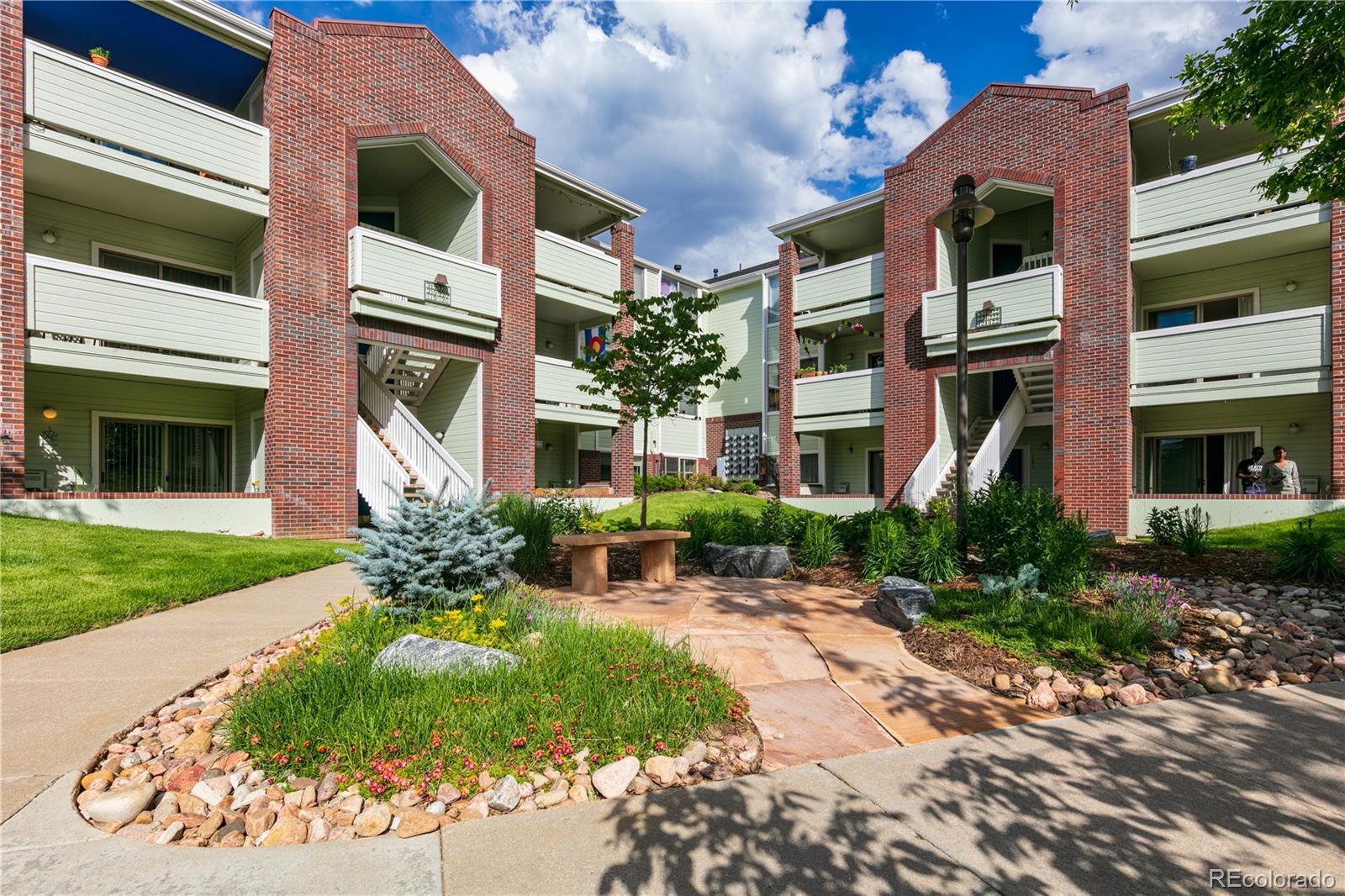 33 S Boulder Circle #222 Property Photo - Boulder, CO real estate listing